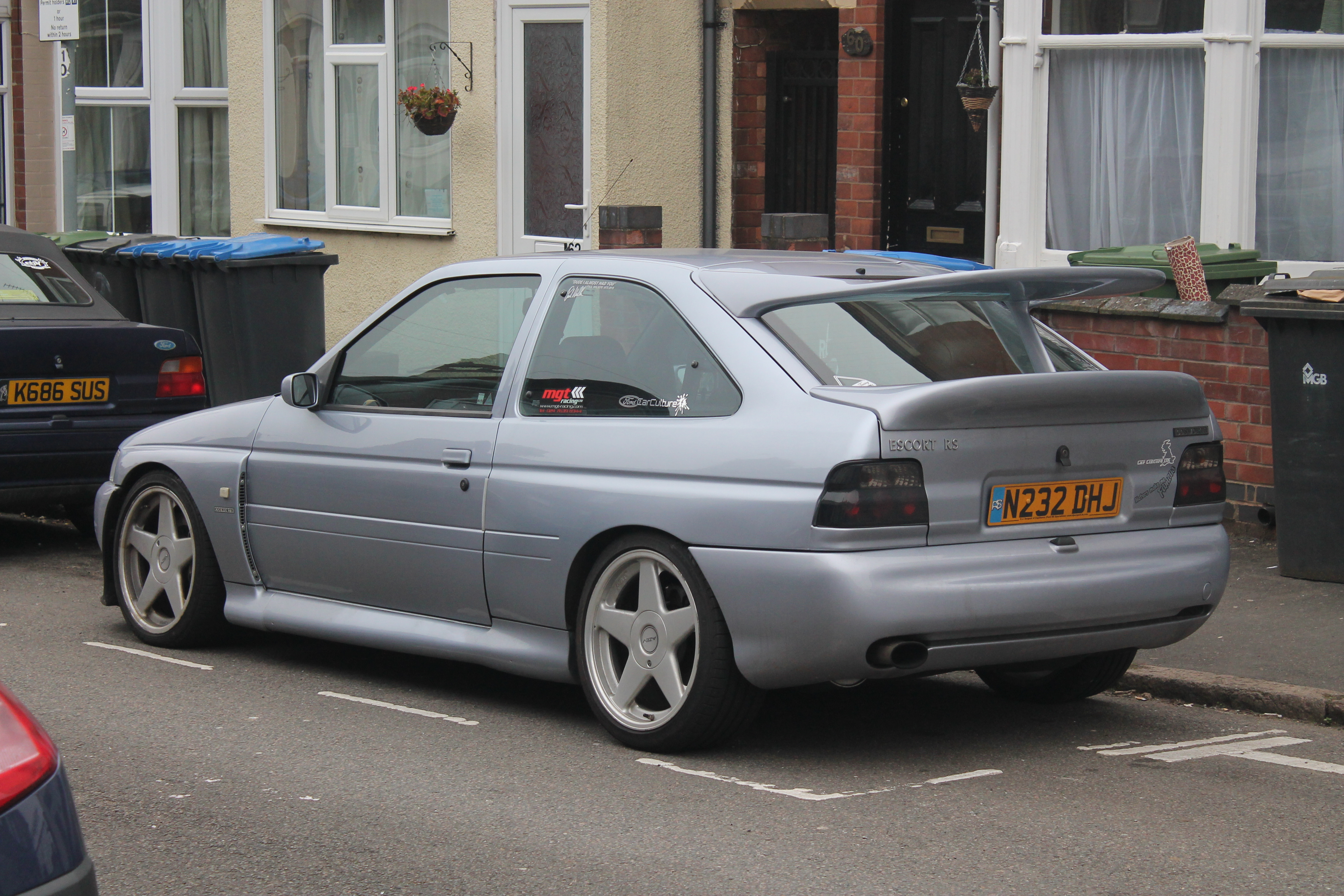 File1995 ford escort rs cosworth 13411907854 jpg