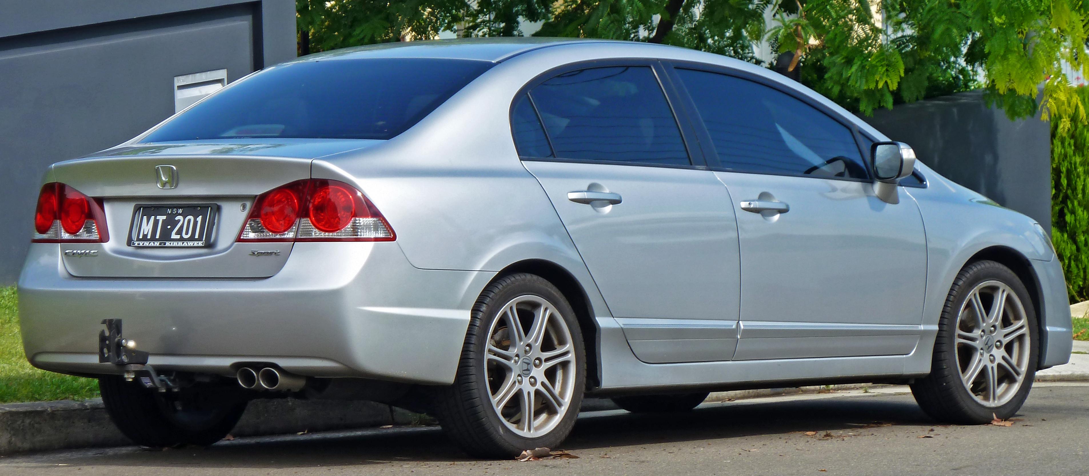 File:2006 2009 Honda Civic Sport Sedan (2010 12 17)