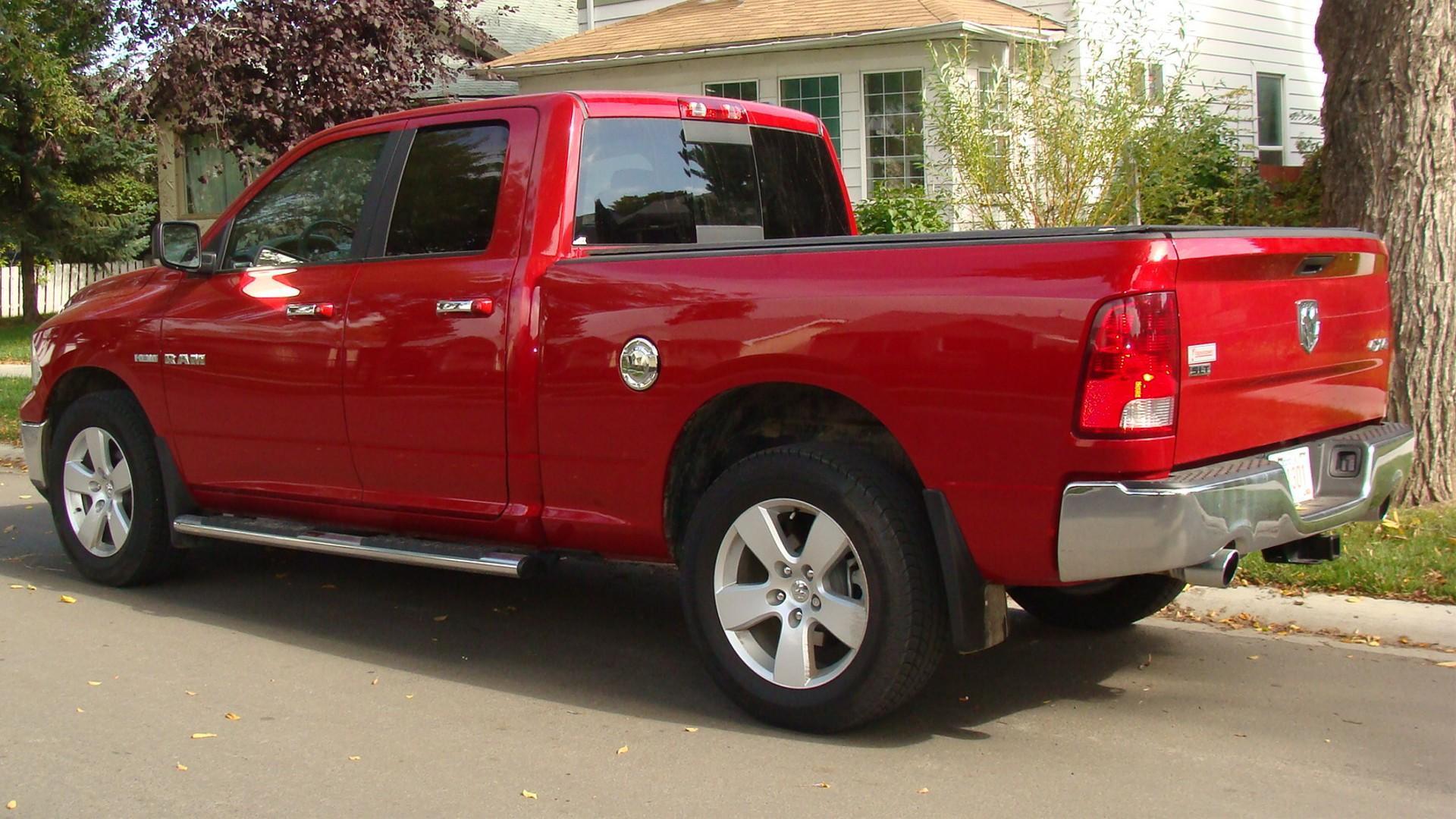 Dodge Ram   Bed Size