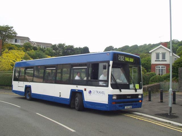 File:2 Travel Group free transport rally shuttle bus Leyland Lynx J250 ...