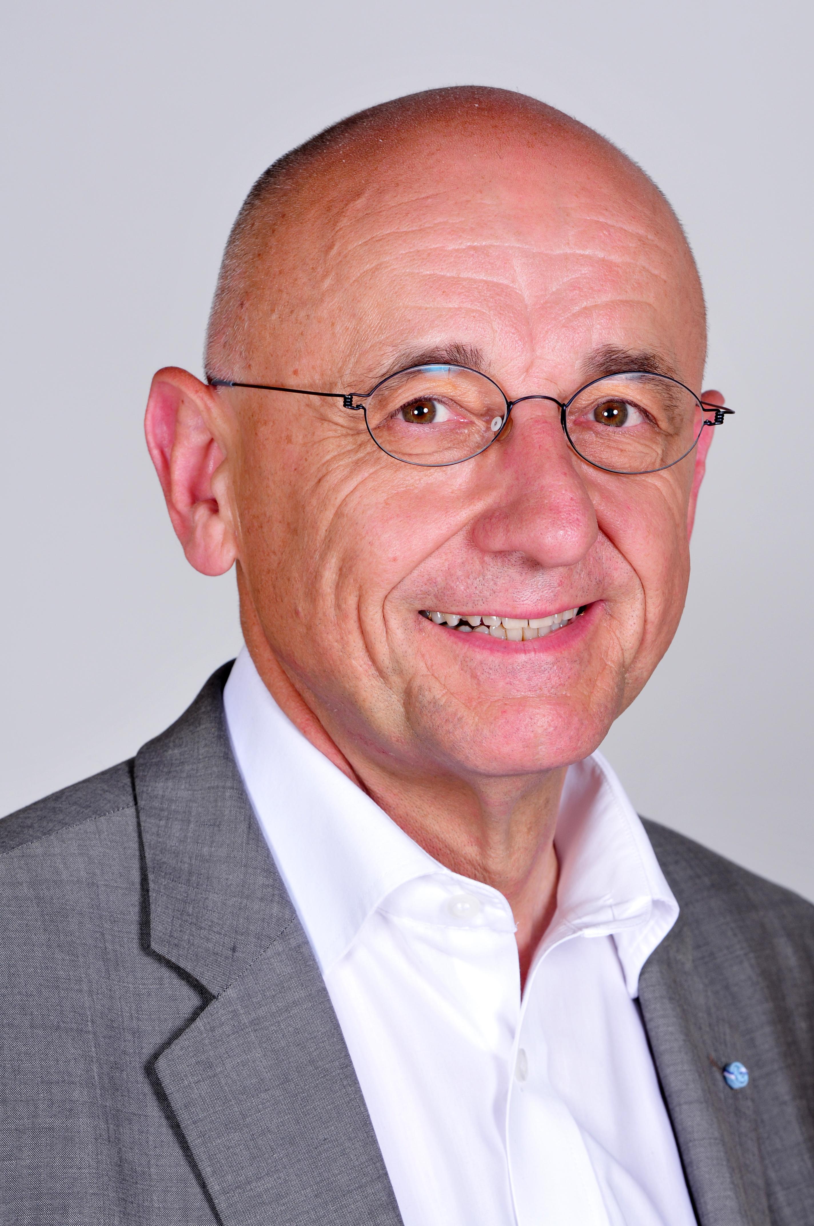 File:Alfred Sauter 2012 - RalfR.jpg - Wikimedia Commons