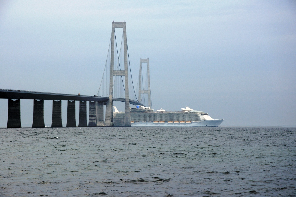 bridge walking middelfart