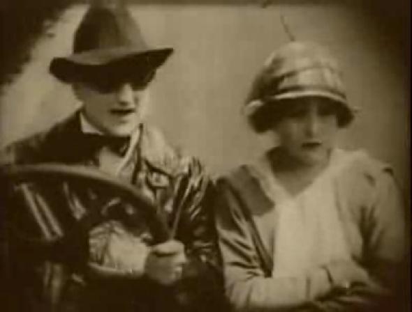 http://upload.wikimedia.org/wikipedia/commons/4/4b/American_Aristocracy_1916_driving_scene.jpg