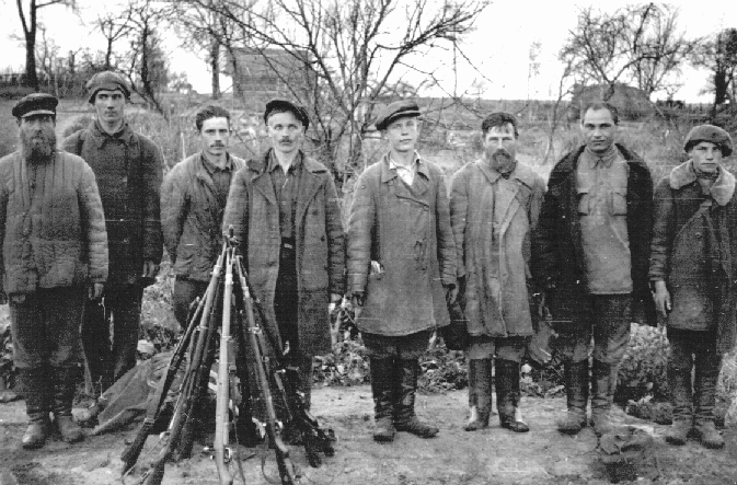 Antisovjet russian partisan hunters 1942