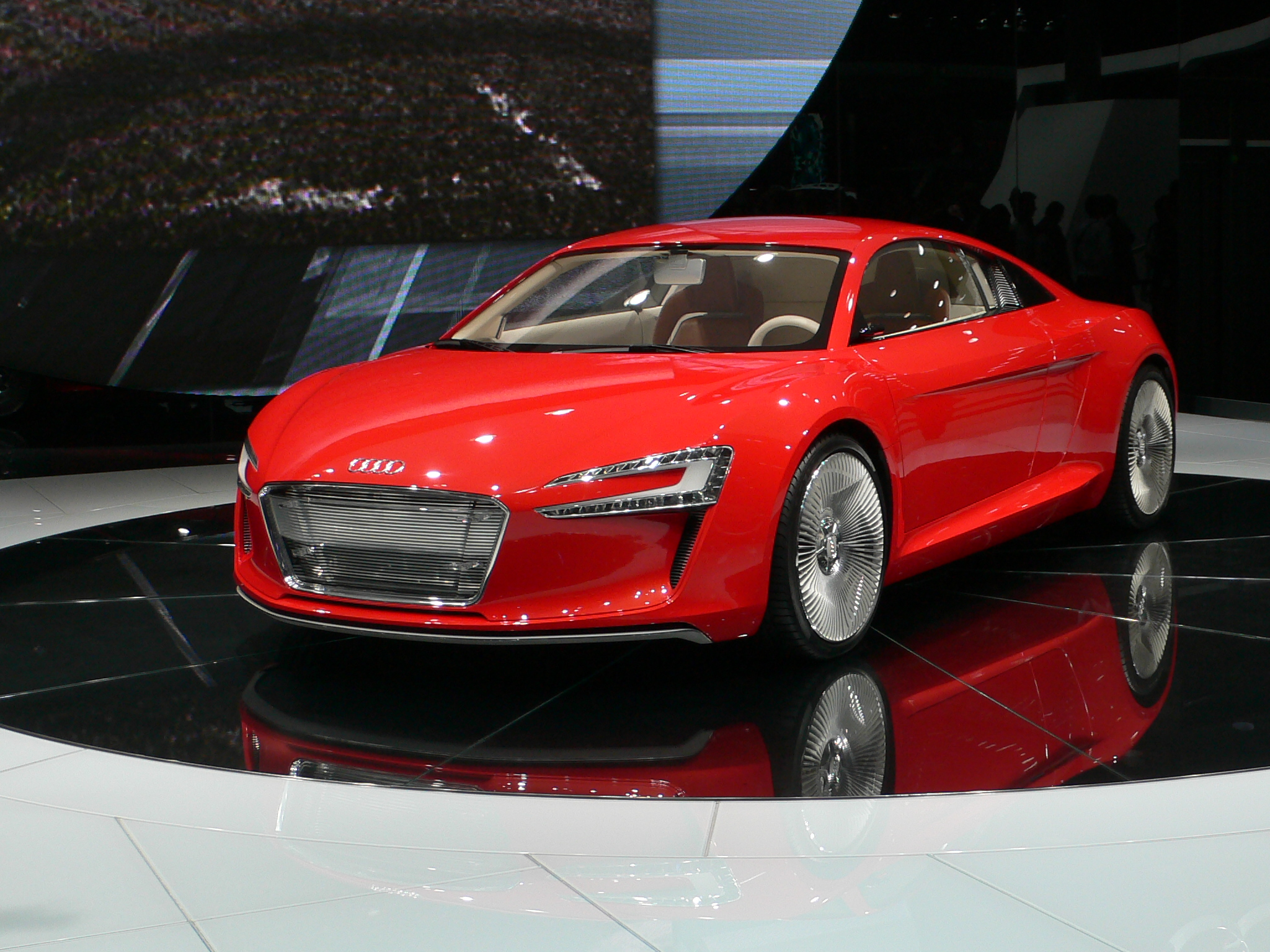 FileAudi R ETronJPG Wikimedia Commons - Audi r8 etron