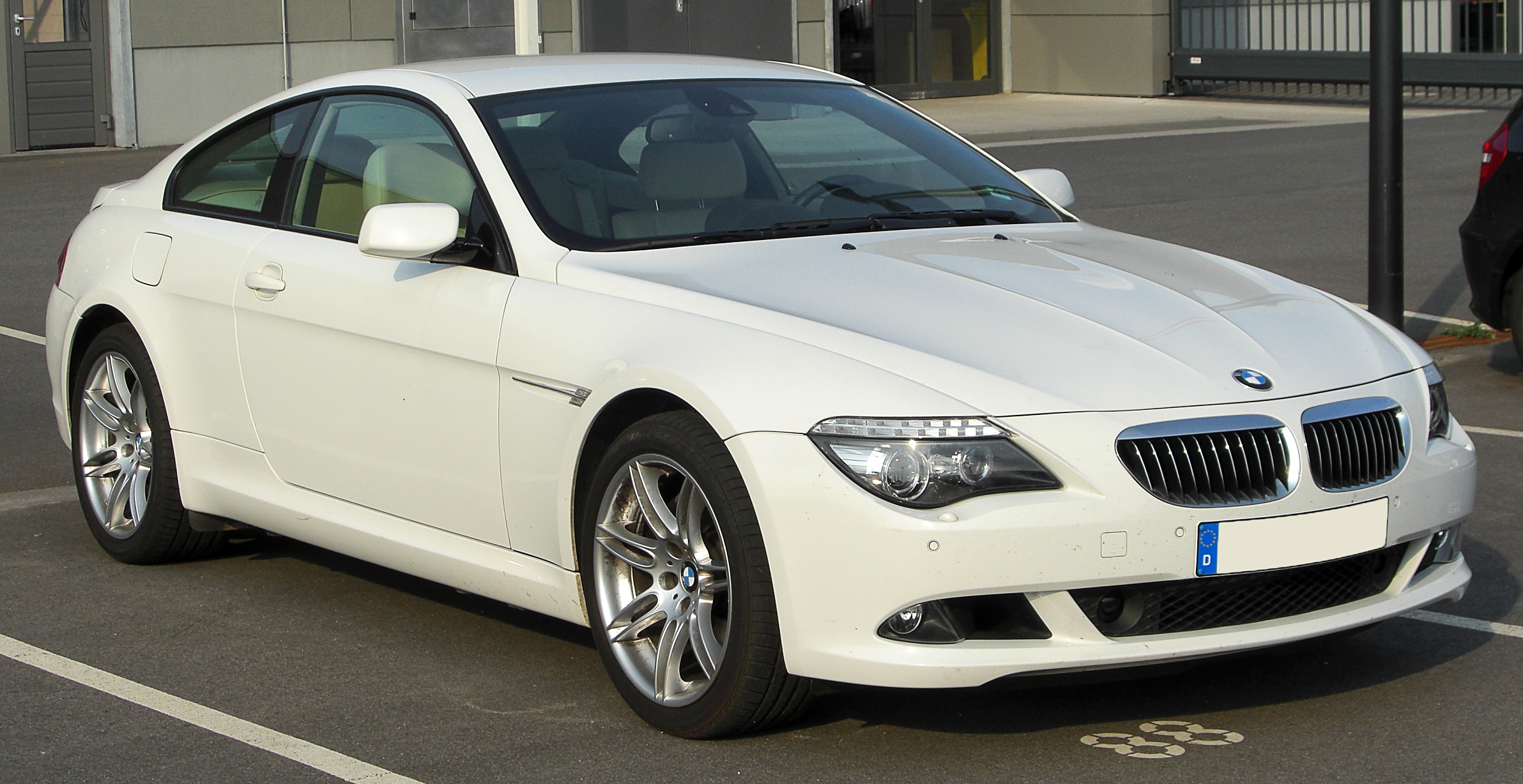 File:BMW 6er Coupé (E63) Facelift front 20100814.jpg - Wikimedia Commons