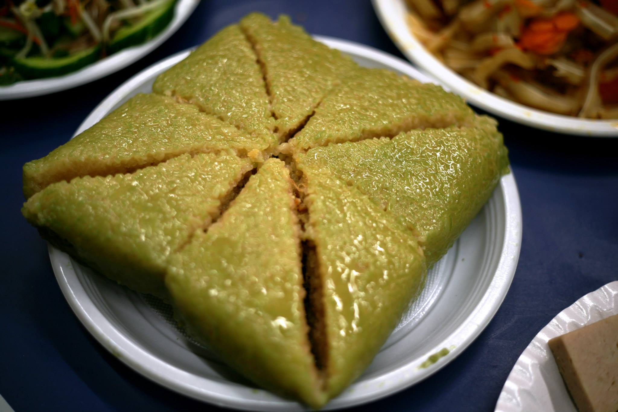 chung cake The banh chung were distributed to my siblings the next day and by night, we were all whatsapping each other photos of them pan-fried for dinner we all agreed that there was such a depth of flavour in the filling.