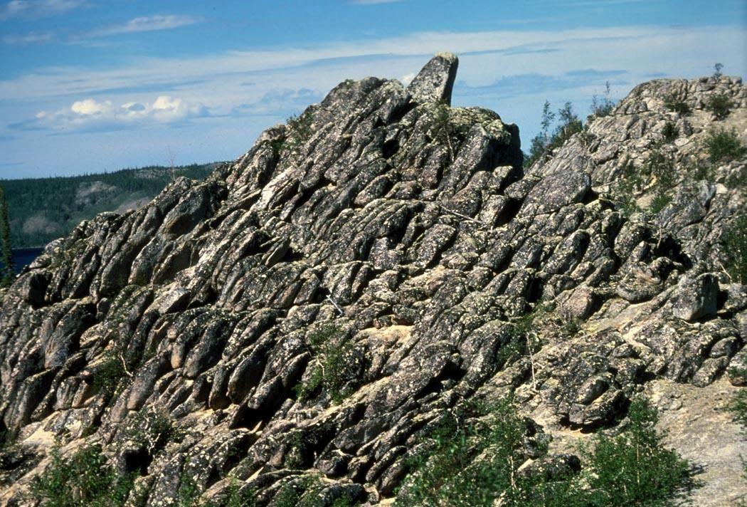 File:Basalt rock formation near bettles.jpg - Wikimedia Commons: https://commons.wikimedia.org/wiki/file:basalt_rock_formation_near...