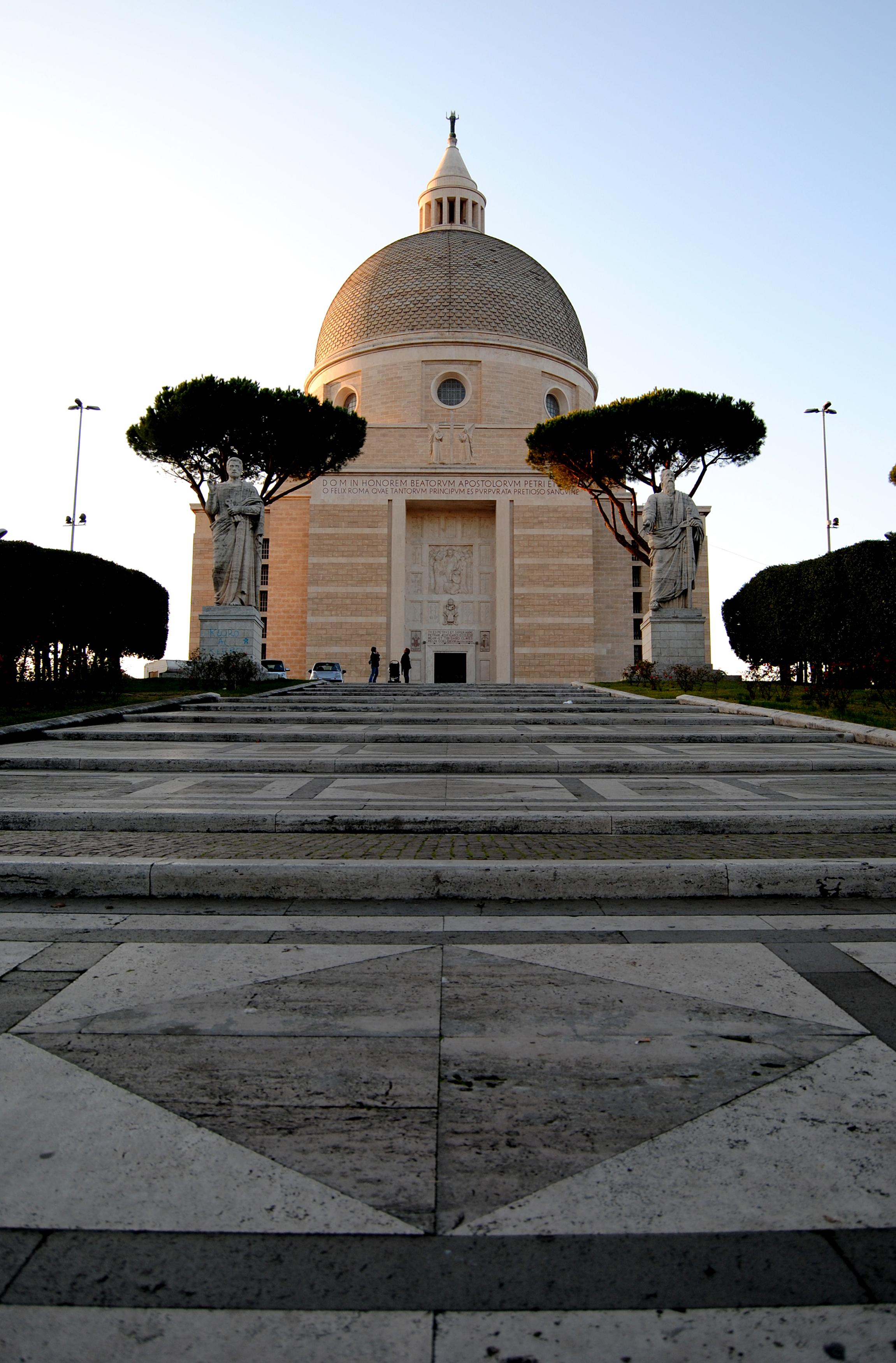 File:Basilica di San Pietro e Paolo - EUR - panoramio.jpg - Wikimedia  Commons