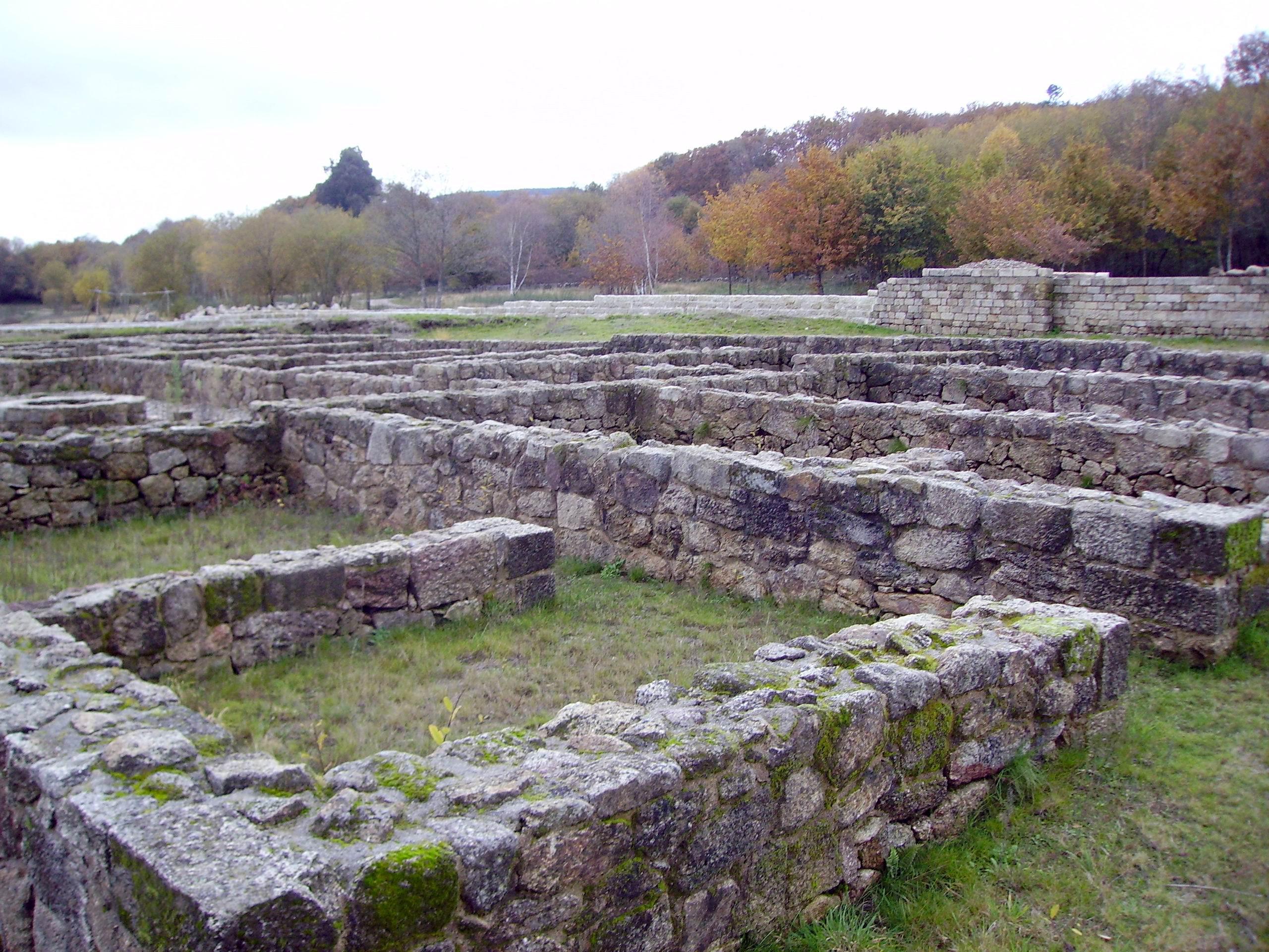 Baños Romanos De Bande:File:Campamento romano-Aquis QuerquenisJPG – Wikipedia