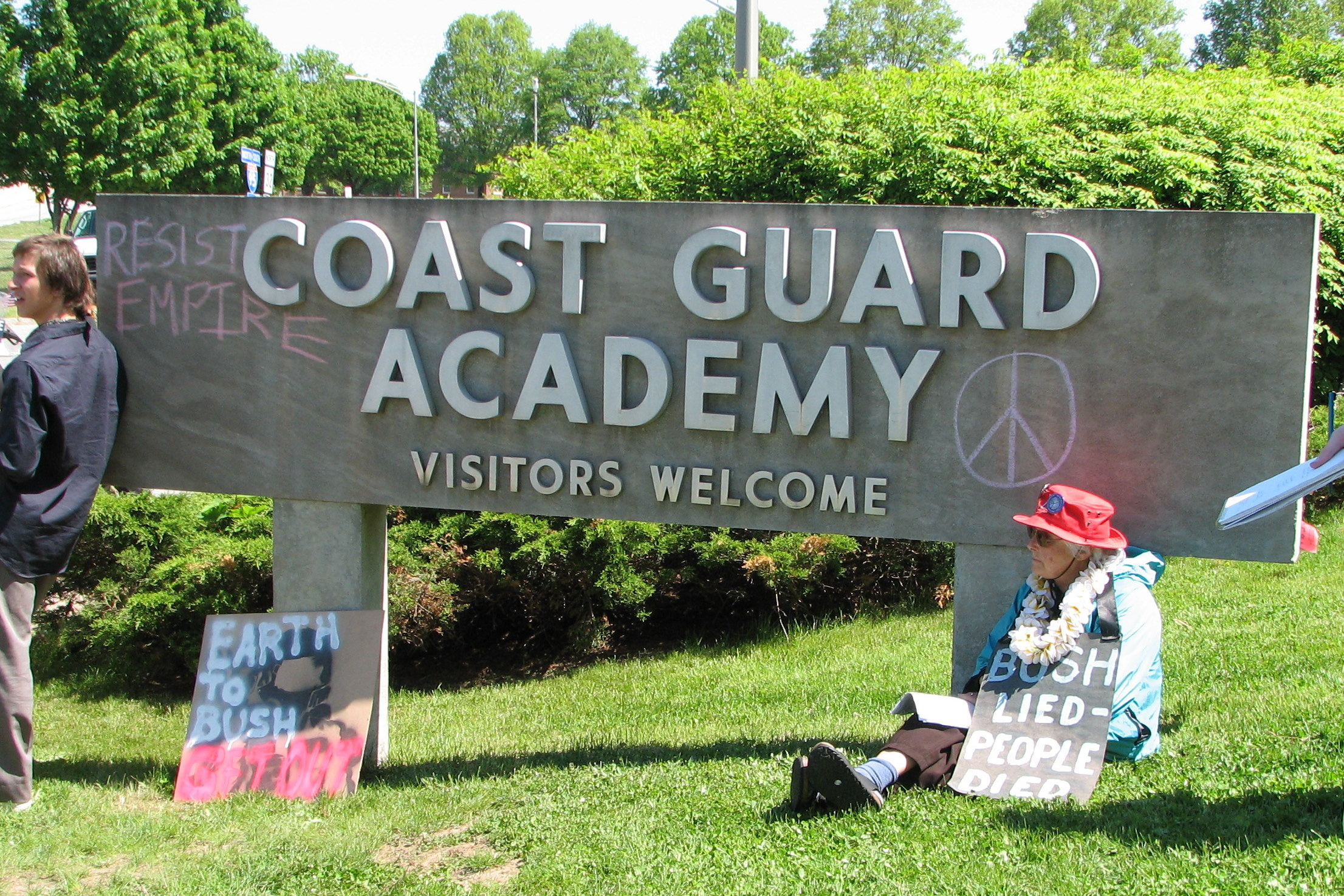 coast guard academy entrance essay Us coast guard academy admissions analysis and profile for prospective applicants who want to be fully prepared to maximize their admissions chances.