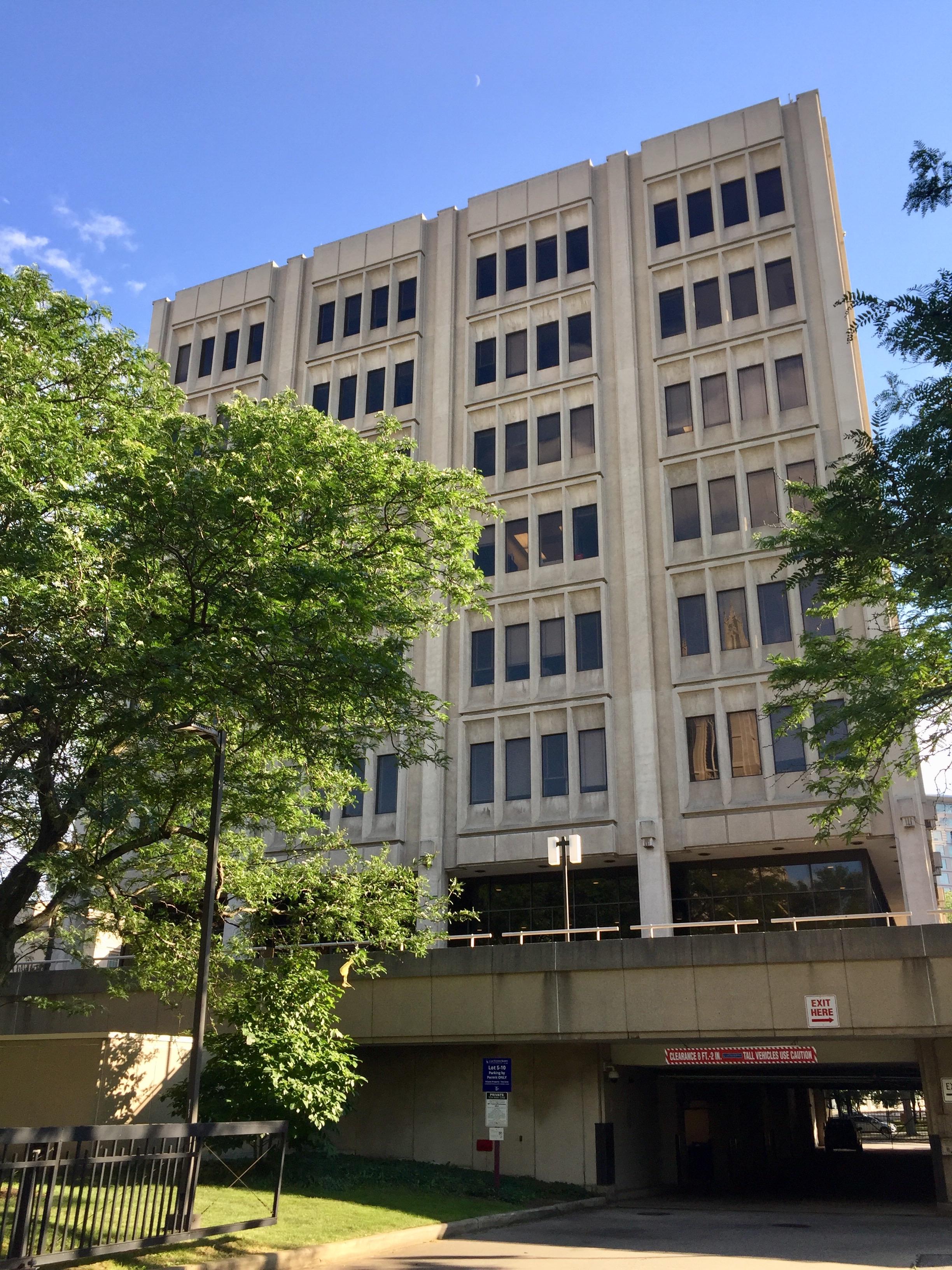 File:Crawford Hall, Case Western Reserve University