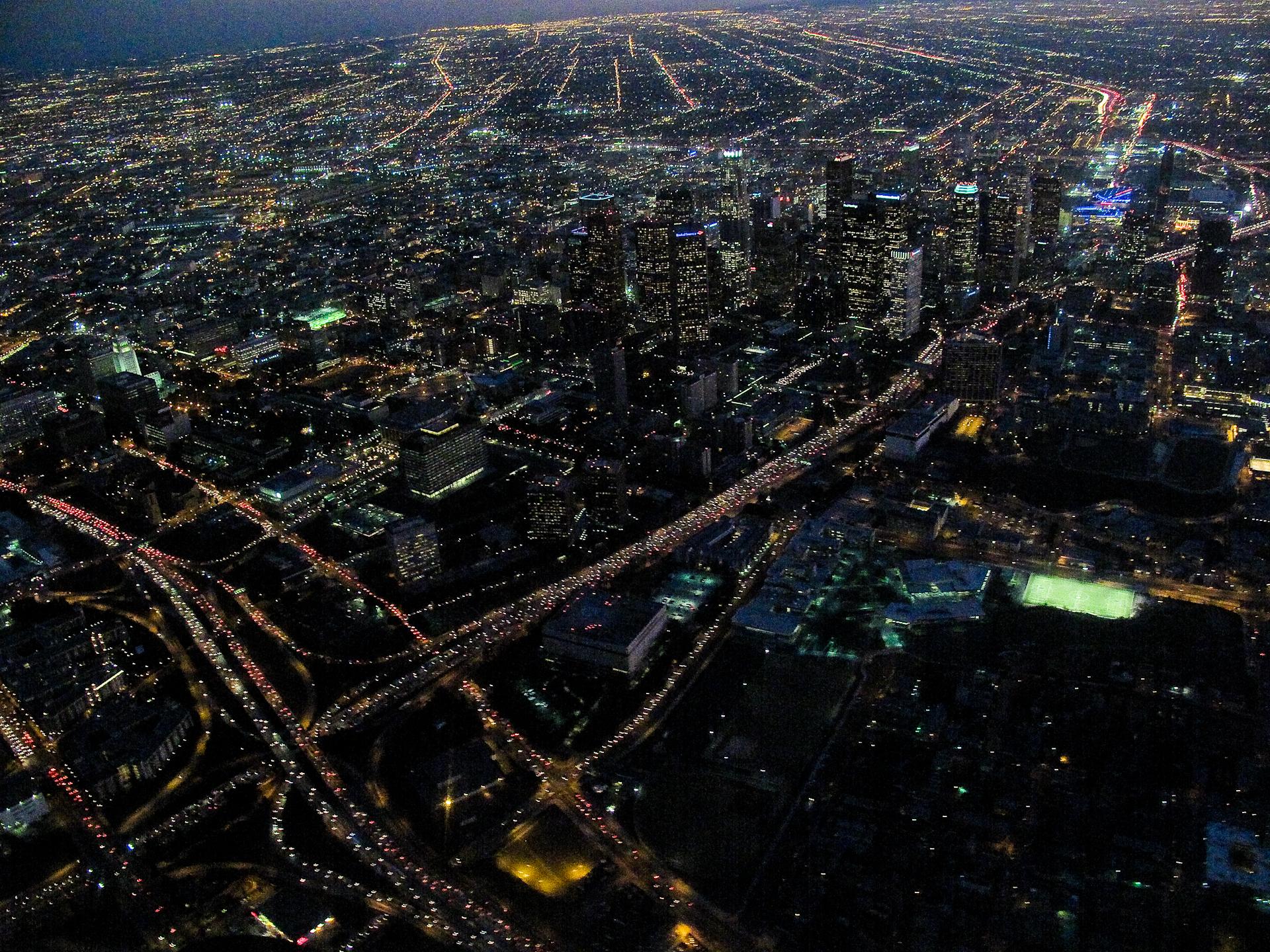 Downtown LA At Night 4284824408jpg  Wikimedia Commons