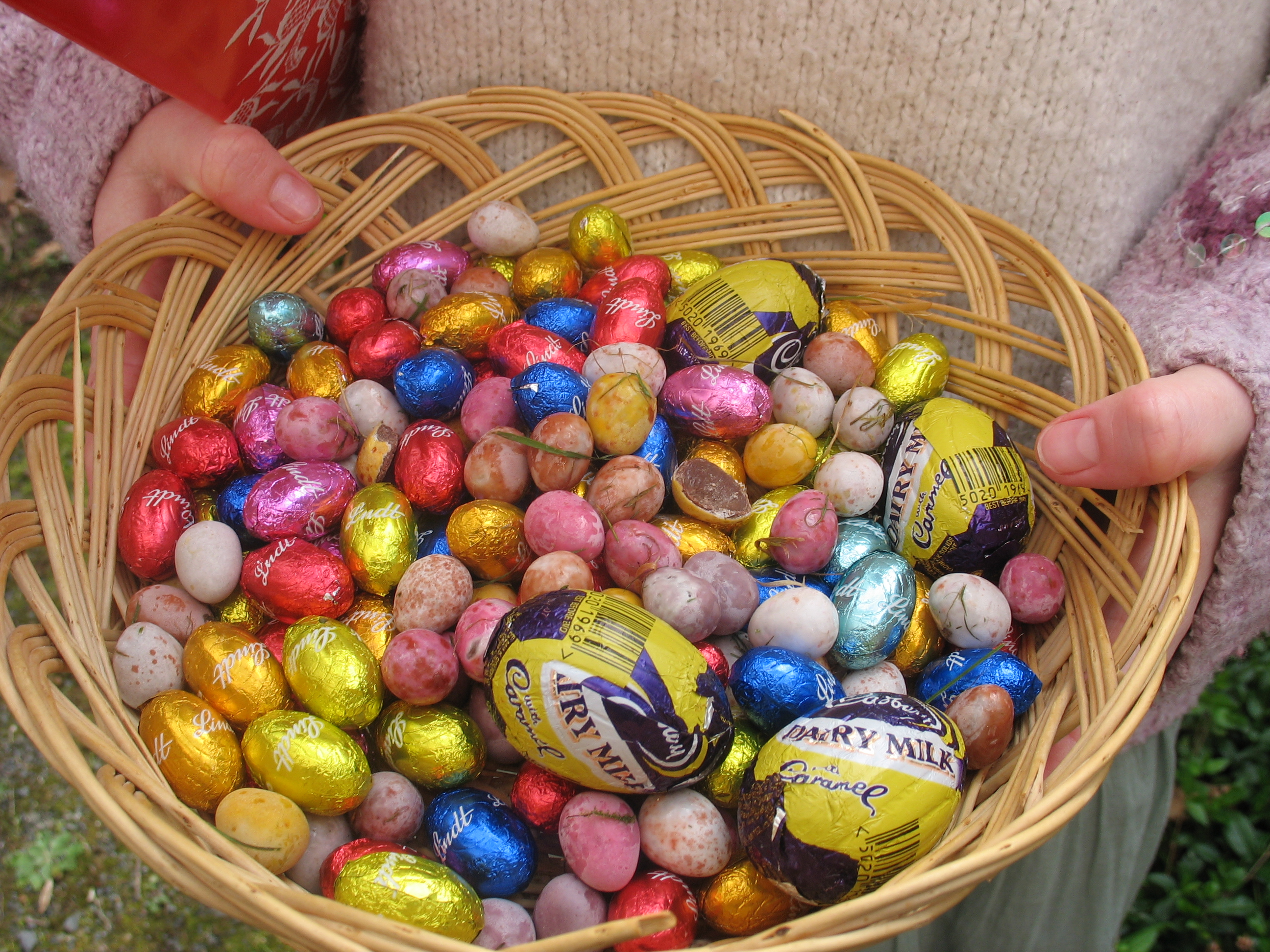 Image Result For May Basket Coloring