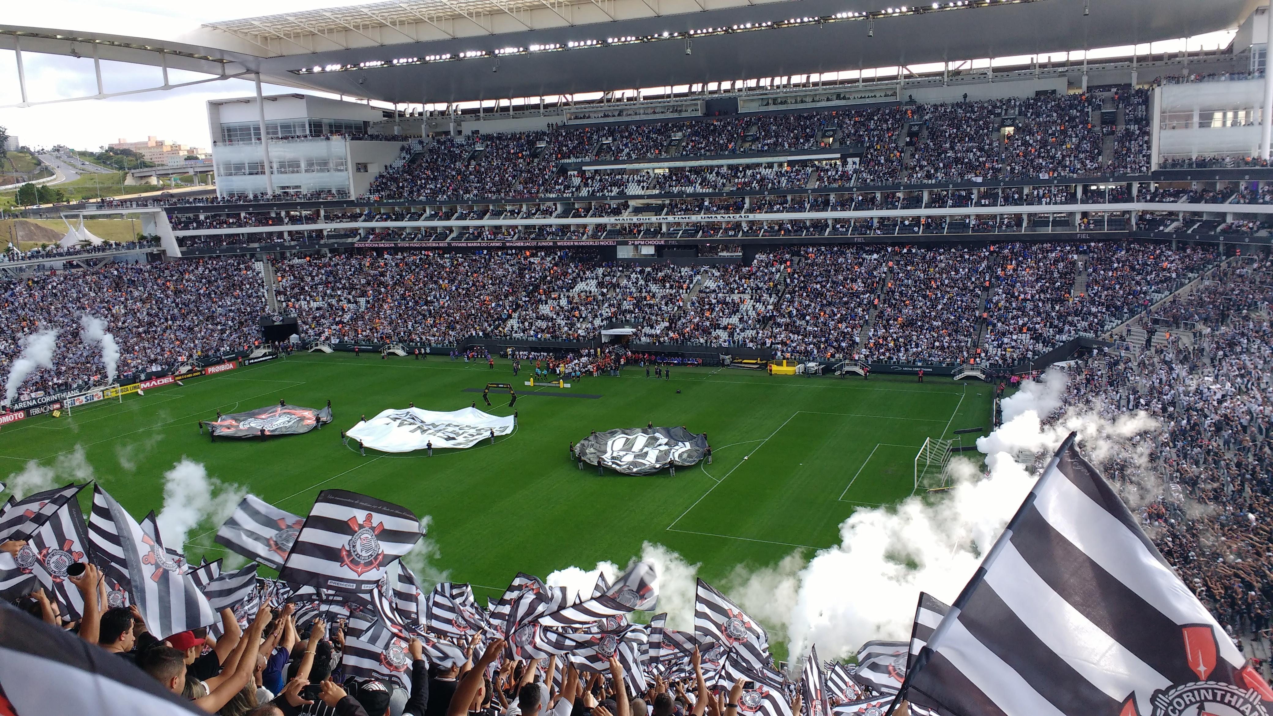 2e84242f86 Confrontos entre Corinthians e Fluminense no futebol – Wikipédia