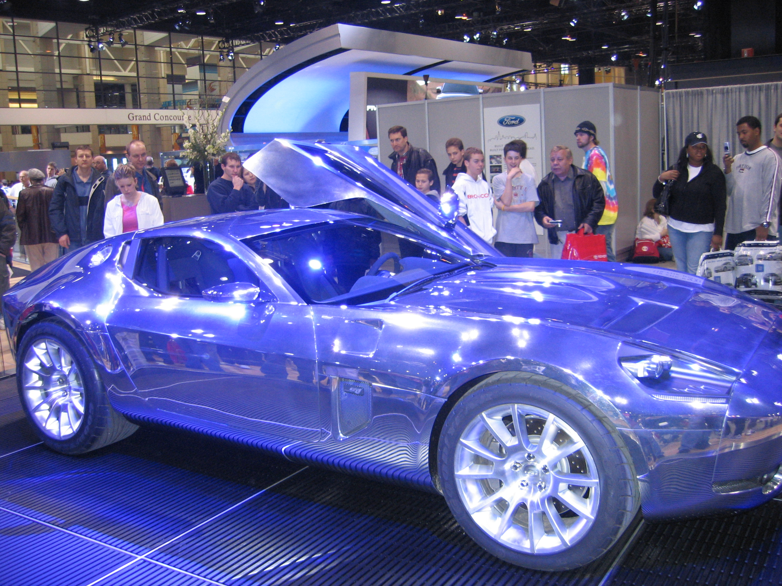 FileFord Prototype Car A Chicago Auto Show In Jpg Wikimedia - Ford show car