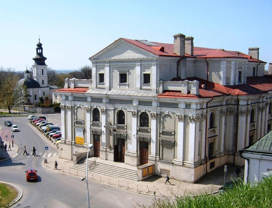Franciscan_church_Zamosc_2011.JPG