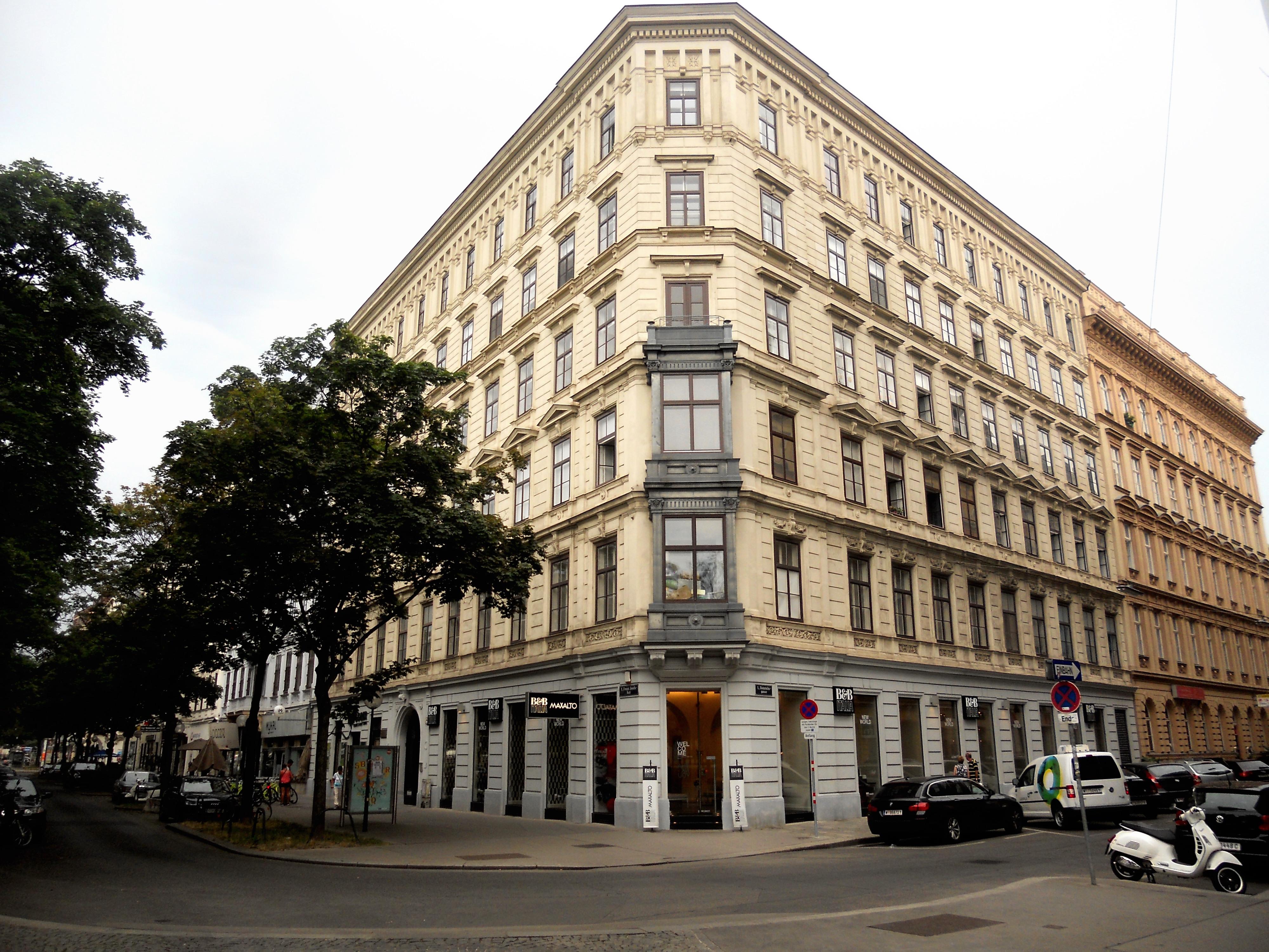 Franzjosefskai45.JPG