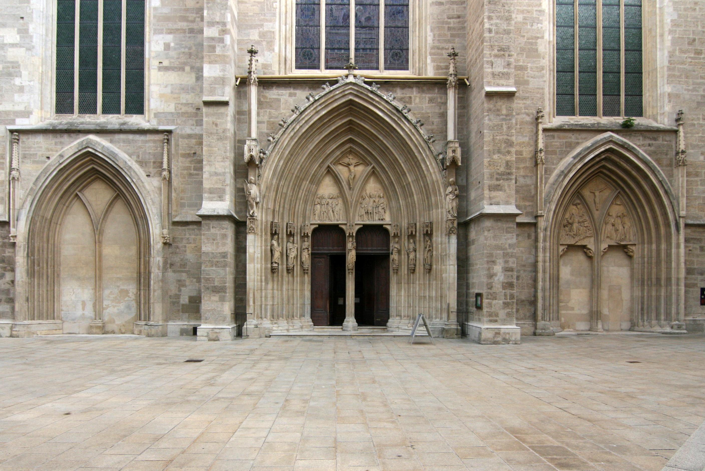 Imagini pentru Minoritenkirche Wien