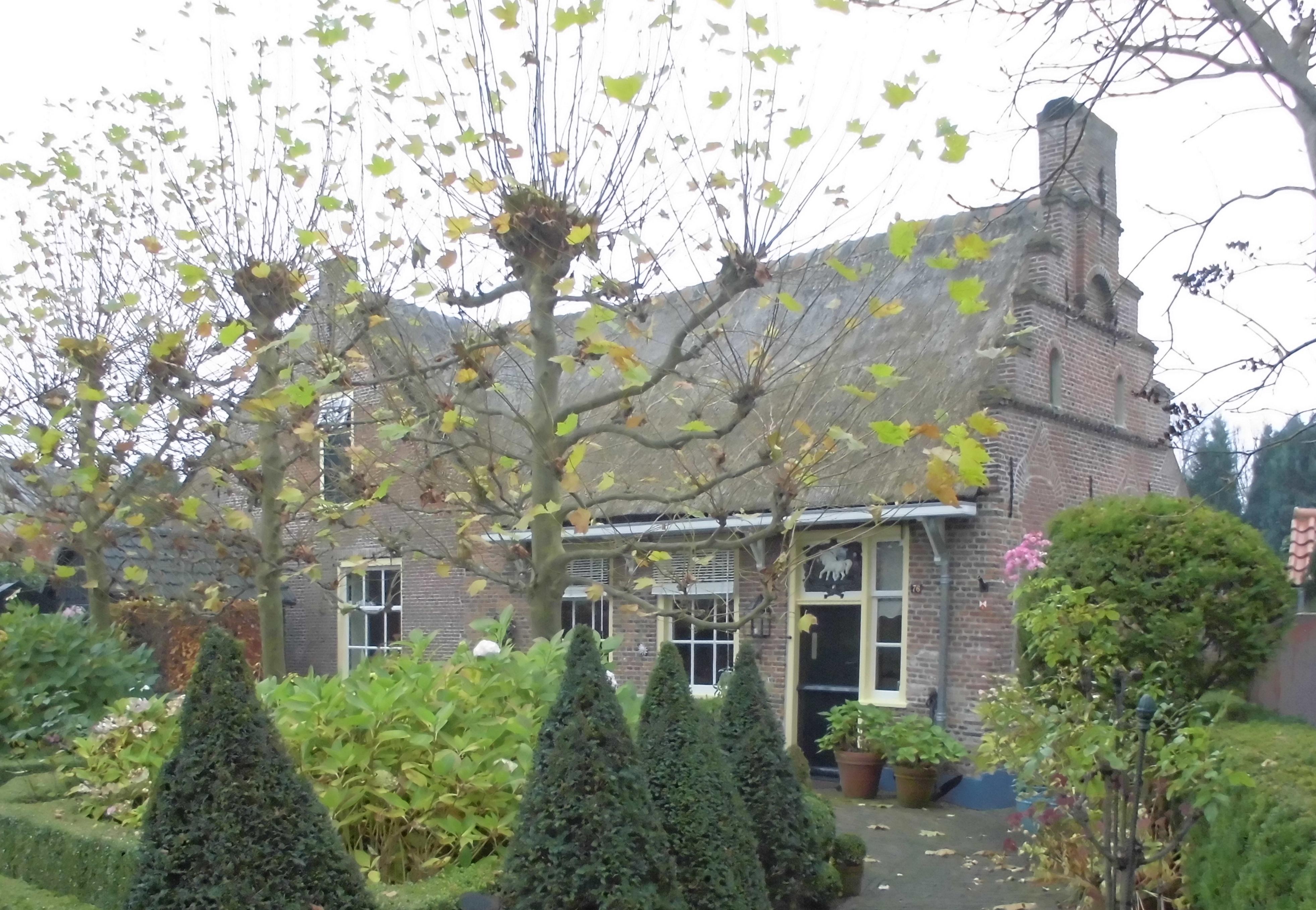 Landhuis met topgevel zijgevel met trapgevel in huizen monument - Foto huizen ...