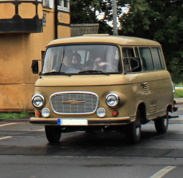 file ifa barkas b1000 on the road jpg wikimedia commons. Black Bedroom Furniture Sets. Home Design Ideas