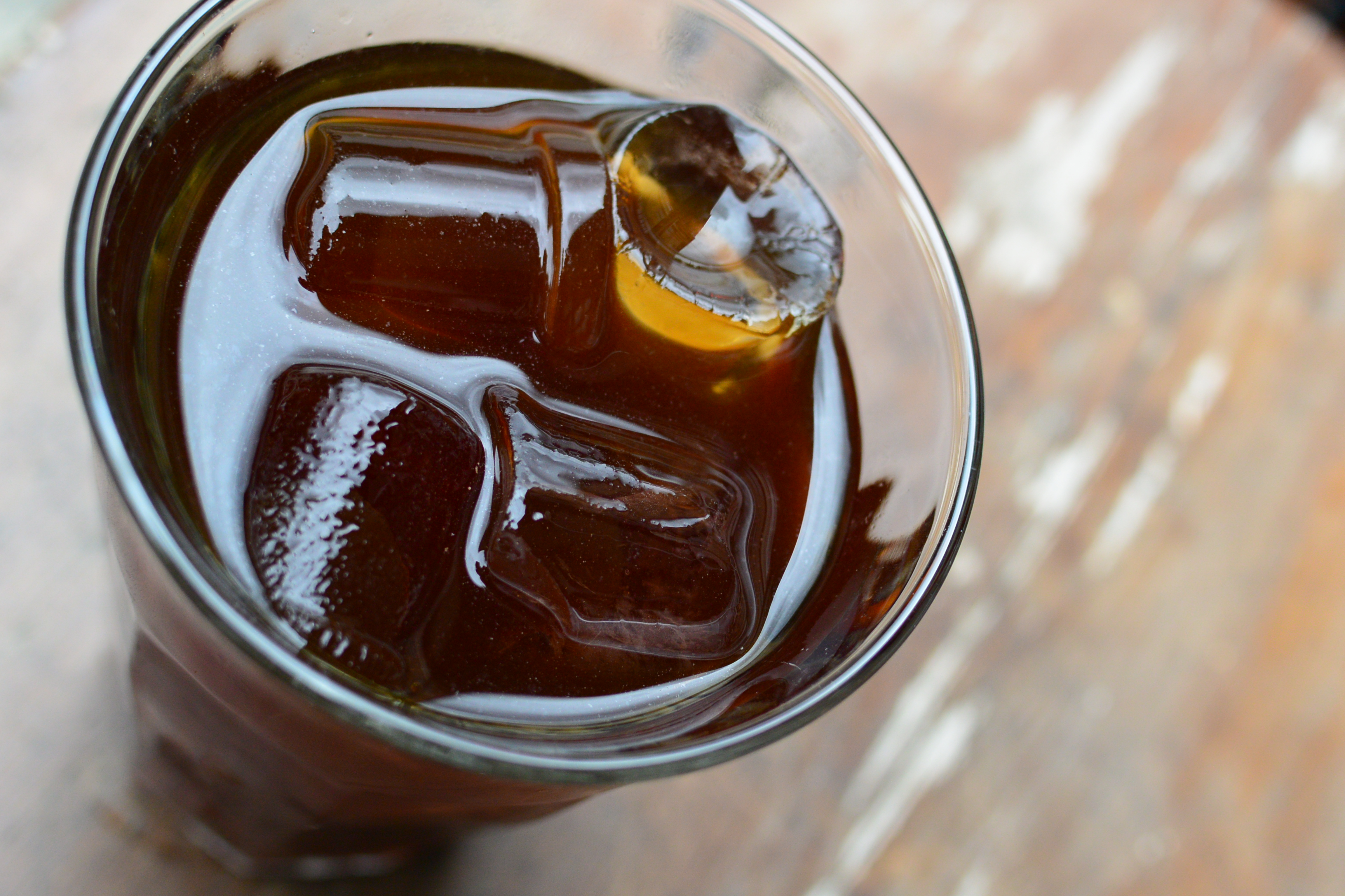 how to bottle cold brew coffee: bottling takes a very short time.
