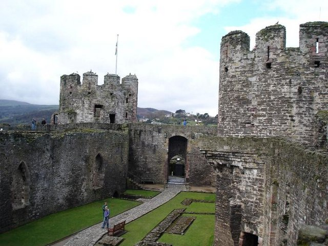 Inside Conwy castle - geograph.org.uk - 155211