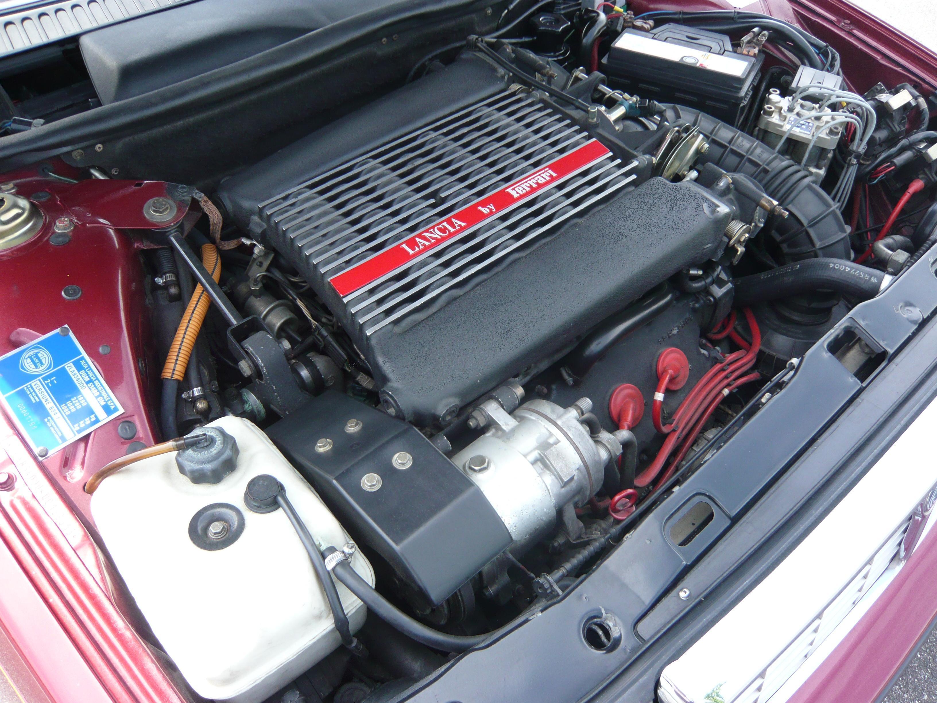 File:Lancia thema 8.32 Lancia by Ferrari.jpg - Wikimedia Commons