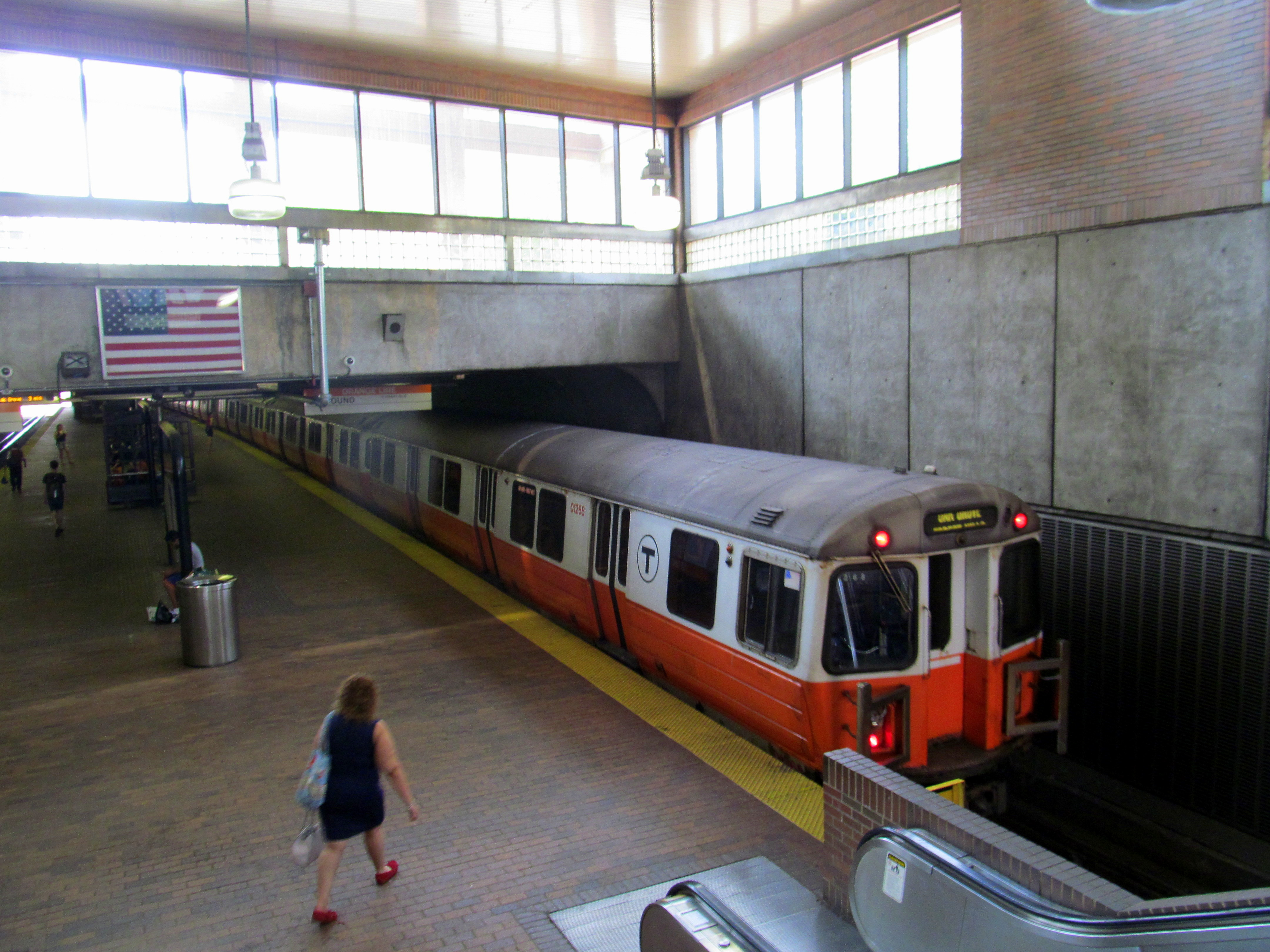 Filembta orange line train at stony brook july 2016g filembta orange line train at stony brook july 2016g sciox Gallery
