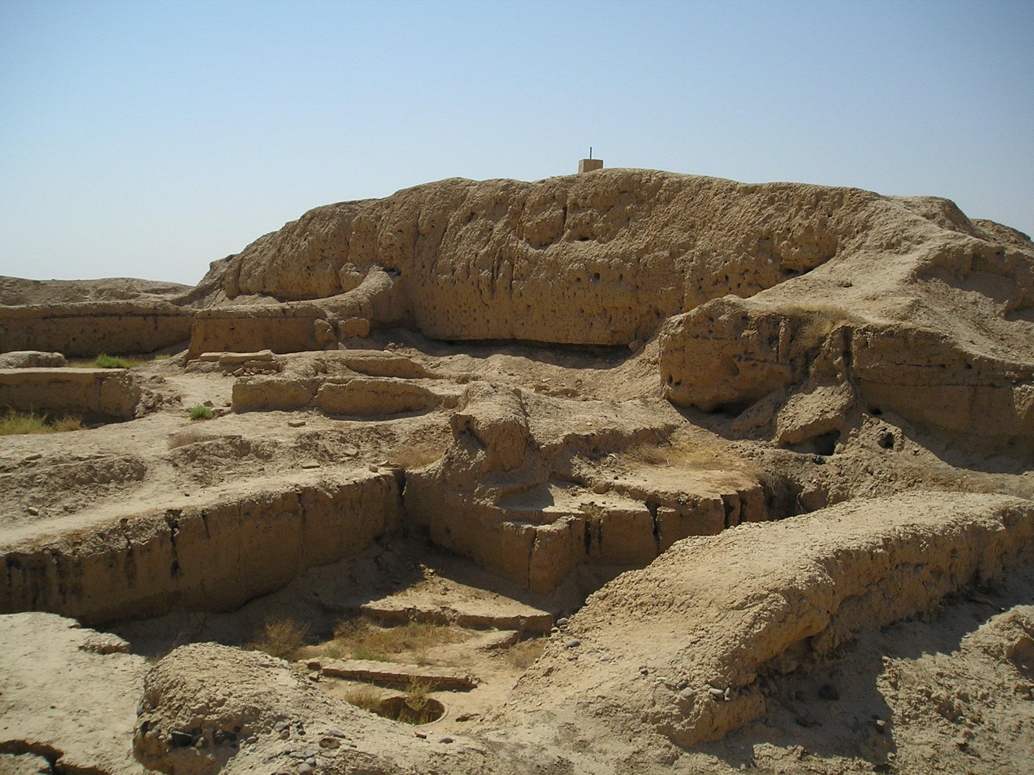 التعريف بسوريا كبلد سياحي المعلومات MariZiggurat.jpg