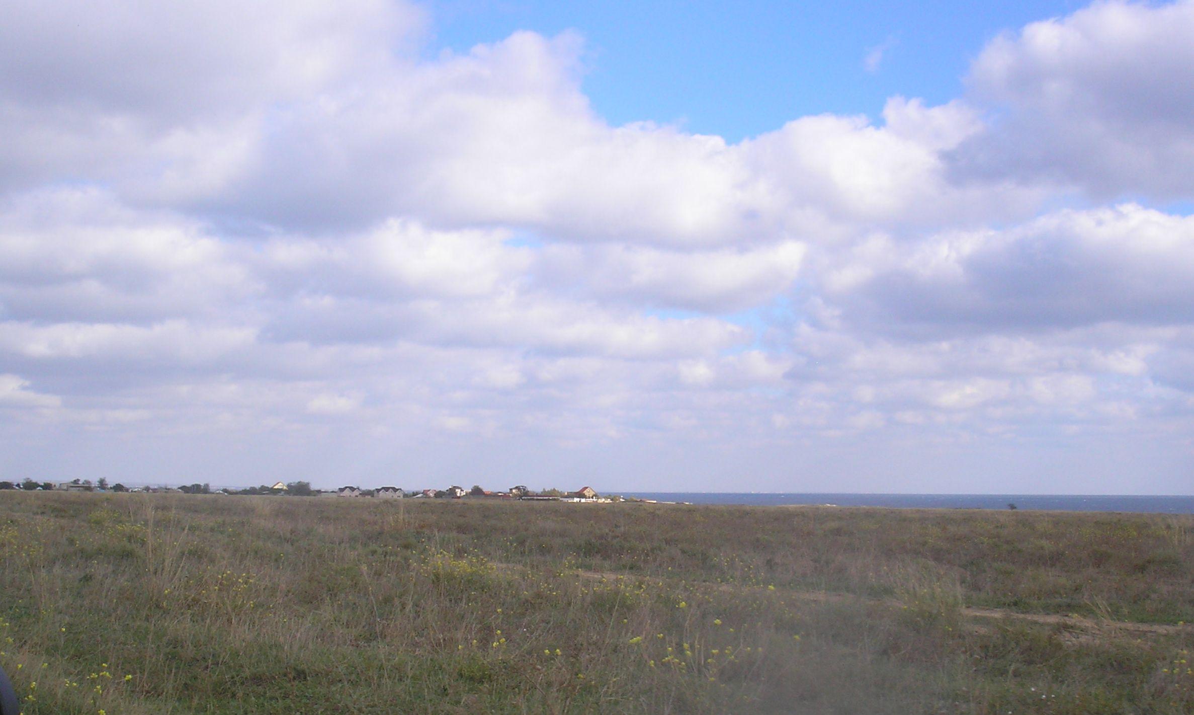 Курортное побережье Крыма с запада на восток