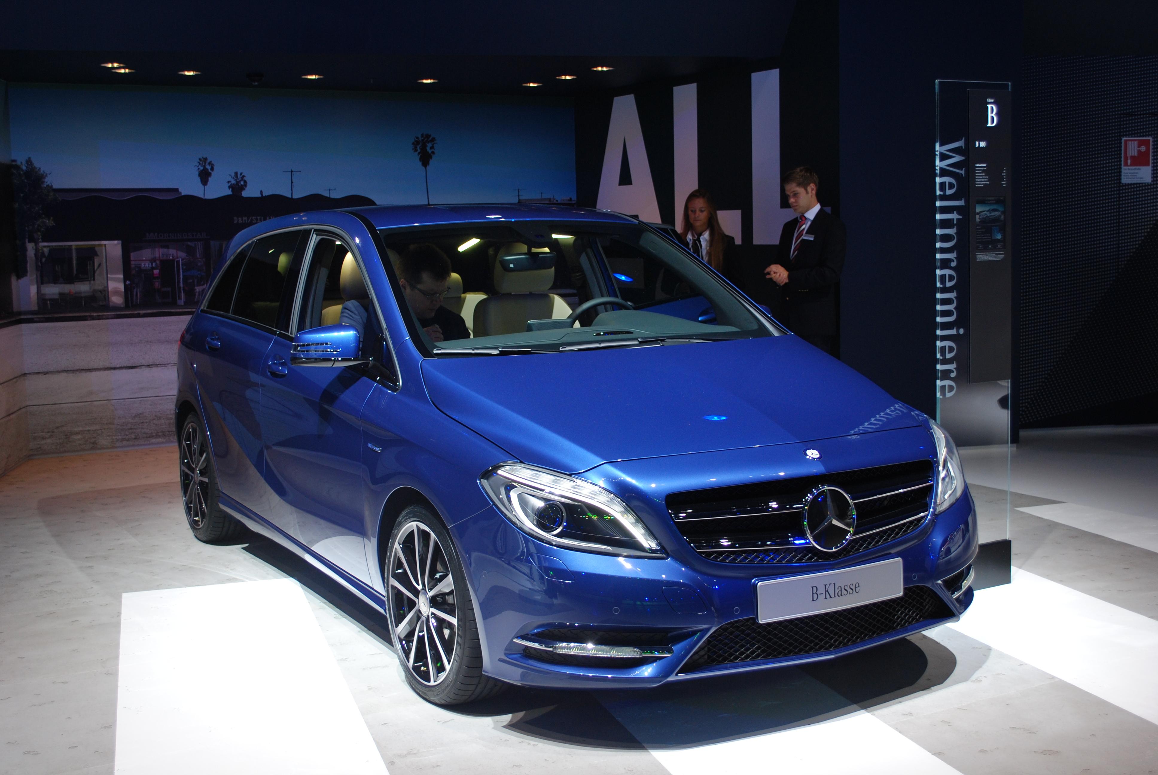 Mercedes benz a class фото