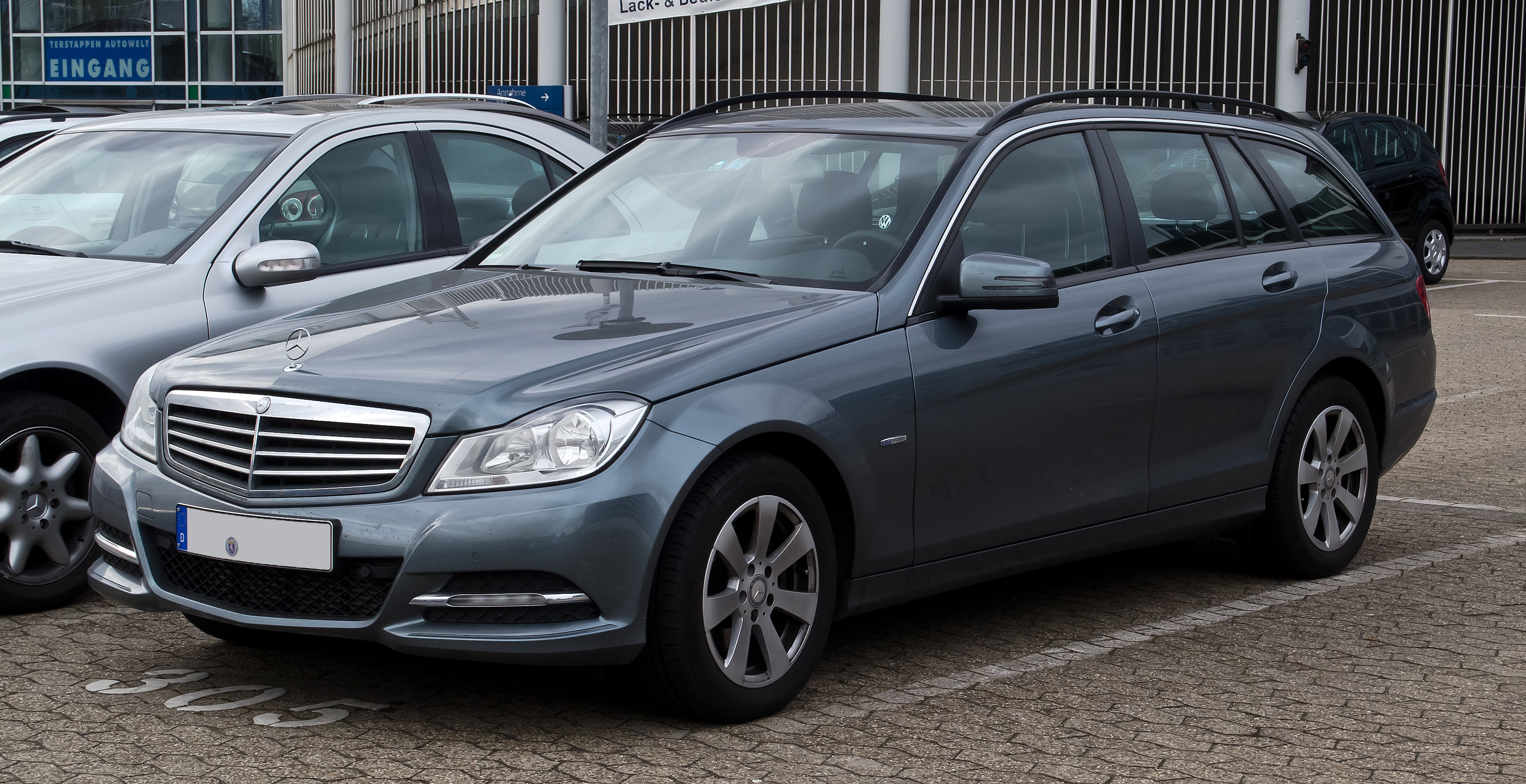 file mercedes benz c 220 cdi blueefficiency t modell serienausstattung s 204 facelift