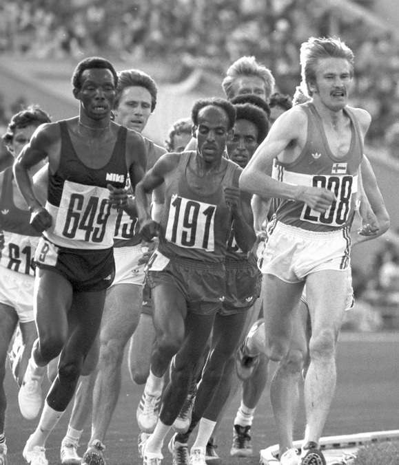"""Olympic Games 1980 - 5000 m race"" by RIA Novosti archive, image #585168 / Valeriy Shustov / CC-BY-SA 3.0. Licensed under CC BY-SA 3.0 via Wikimedia Commons - http://commons.wikimedia.org/wiki/File:Olympic_Games_1980_-_5000_m_race.jpg#mediaviewer/File:Olympic_Games_1980_-_5000_m_race.jpg"