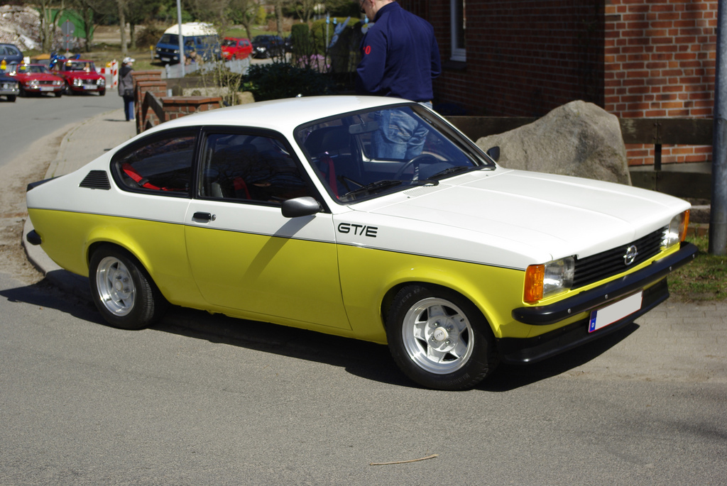 file:opel kadett c coupe gt e (1) - wikimedia commons