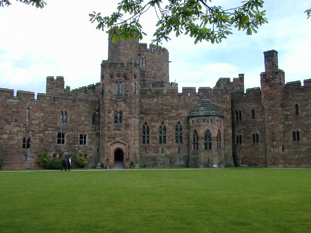File:Peckforton Castle 1.jpg - Wikipedia, the free encyclopedia