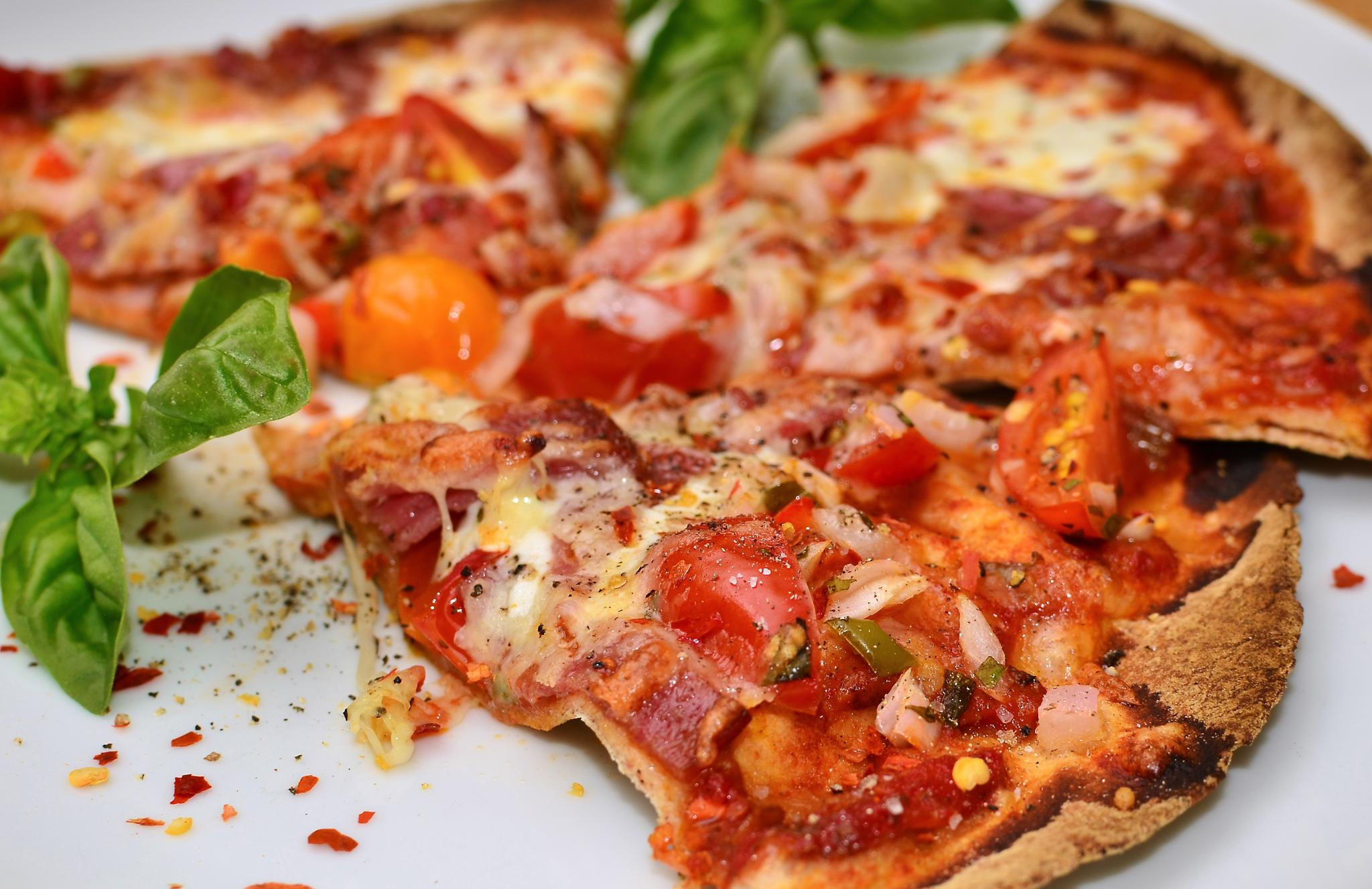 6 Ways to Make Pizza a Whole Lot Healthier