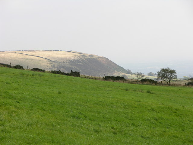 Quarlton Heights from the west - geograph.org.uk - 585299