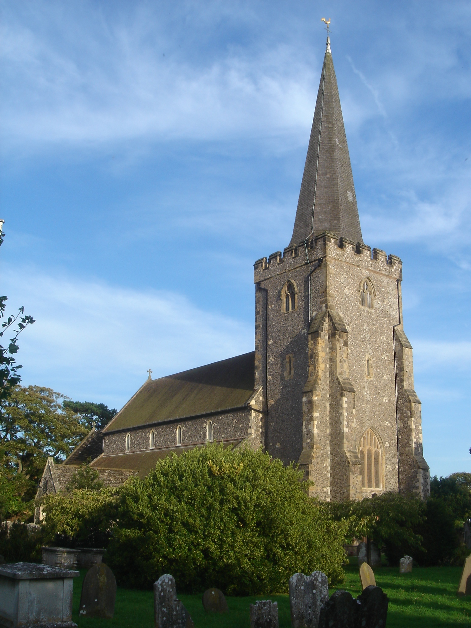 St Andrew's Church, West Tarring, Worthing.jpg