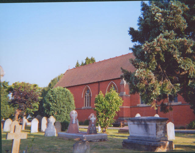St Paul's Church, Hook - geograph.org.uk - 221451