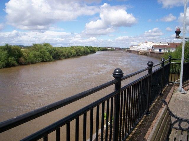 The River Trent at Gainsborough - geograph.org.uk - 891756