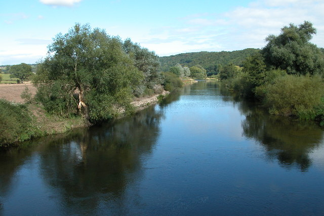 The River Wye at Hole-in-the-Wall - geograph.org.uk - 55550