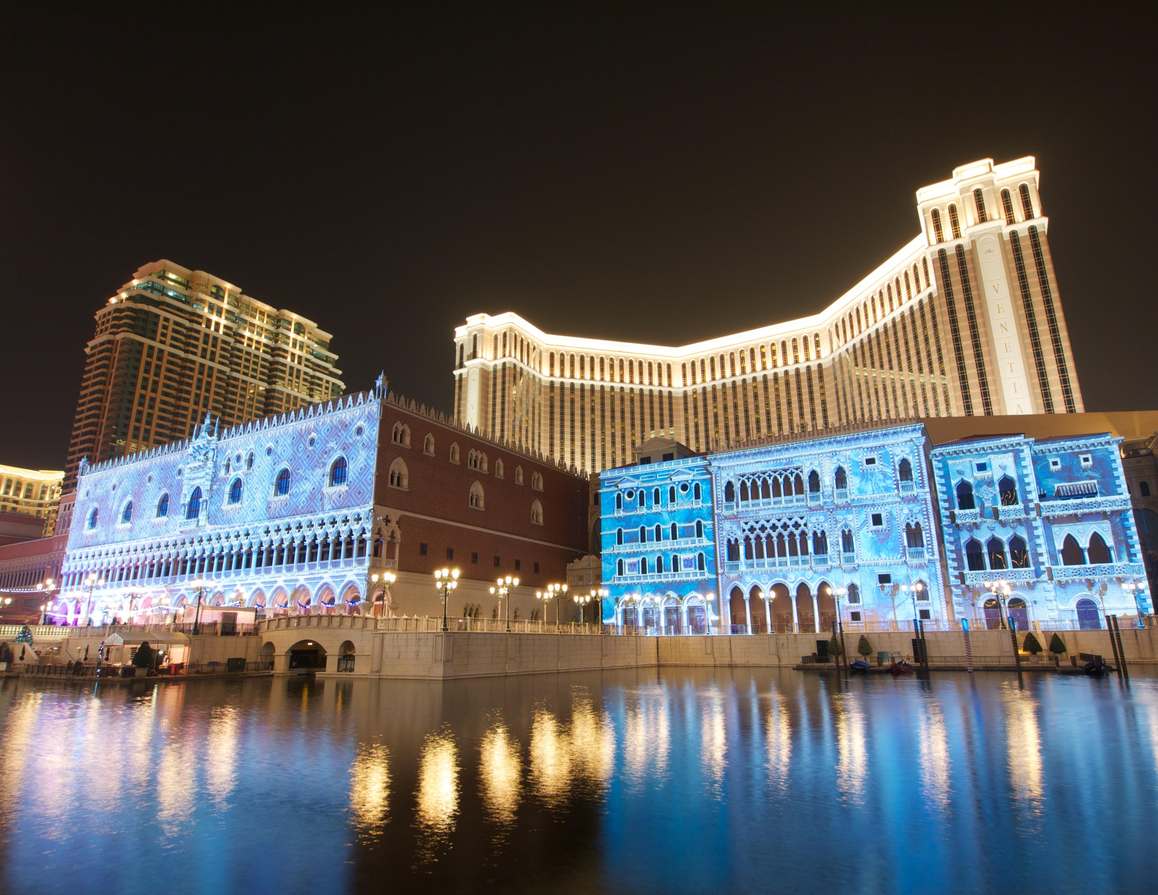 The Venetian Macao-Resort-Hotel (8300656204).jpg