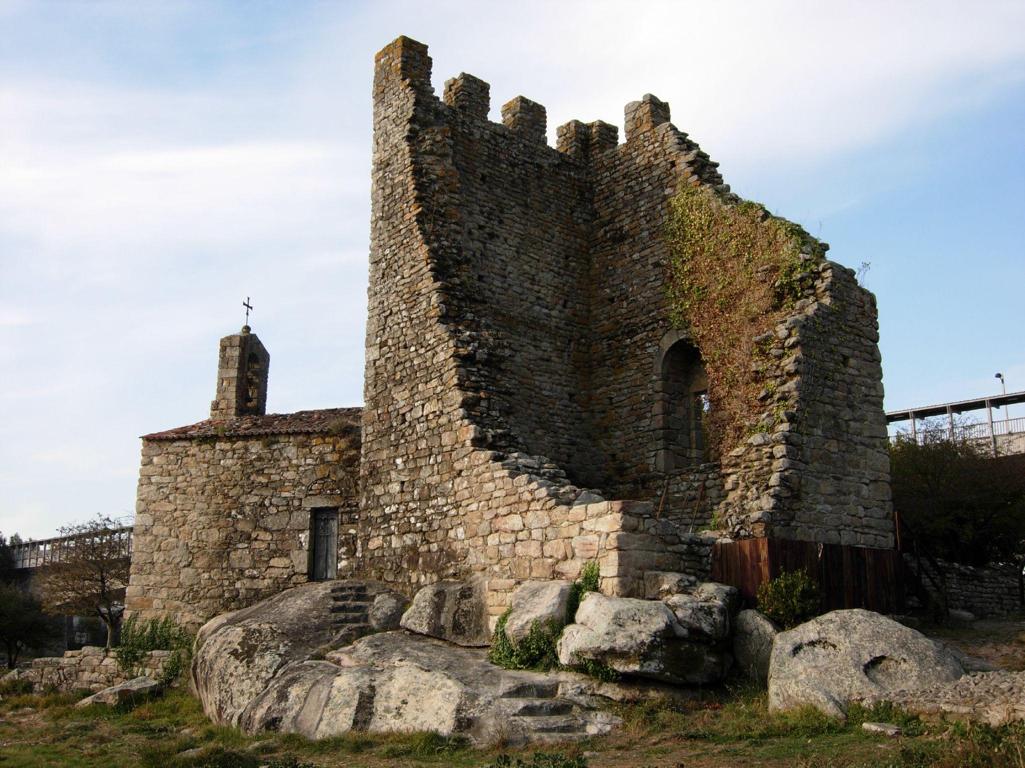 File:Torres de Catoira 1.jpg - Wikipedia