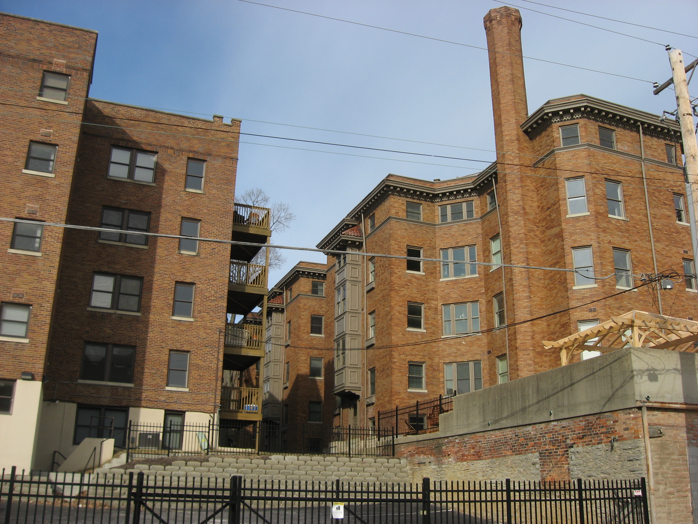 File:Verona Apartments In Cincinnati