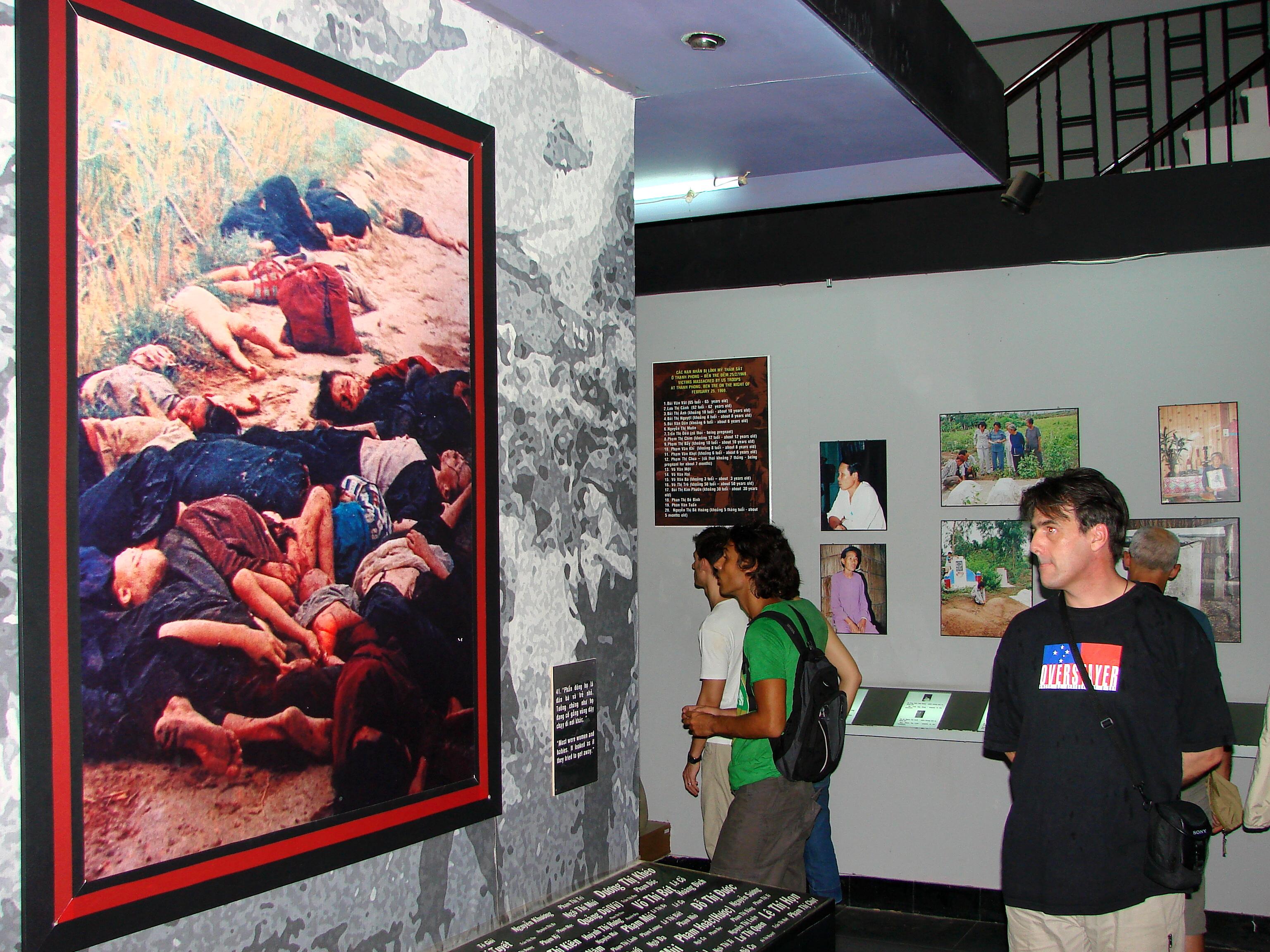Vietnam - Hanoi - War Remnants Museum - Haeberle.JPG