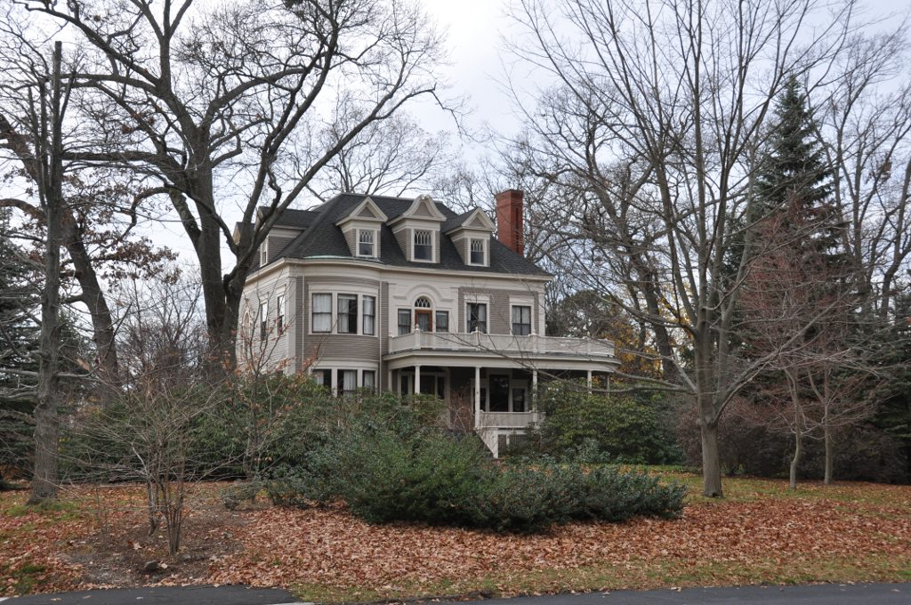 House at 22 parker road wikipedia for Wakefield house