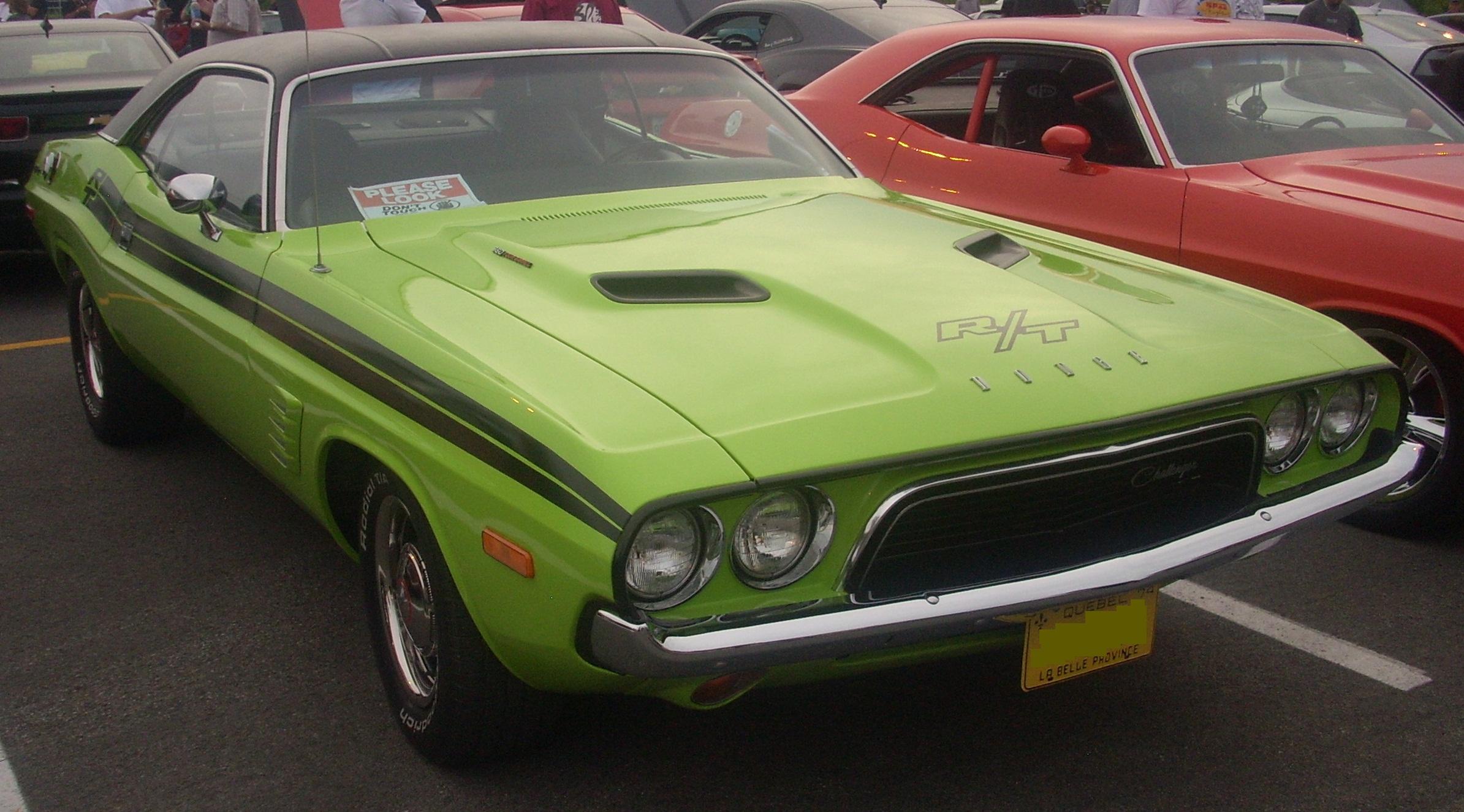 File74 Dodge Challenger R T Coupe Centropolis Laval 10