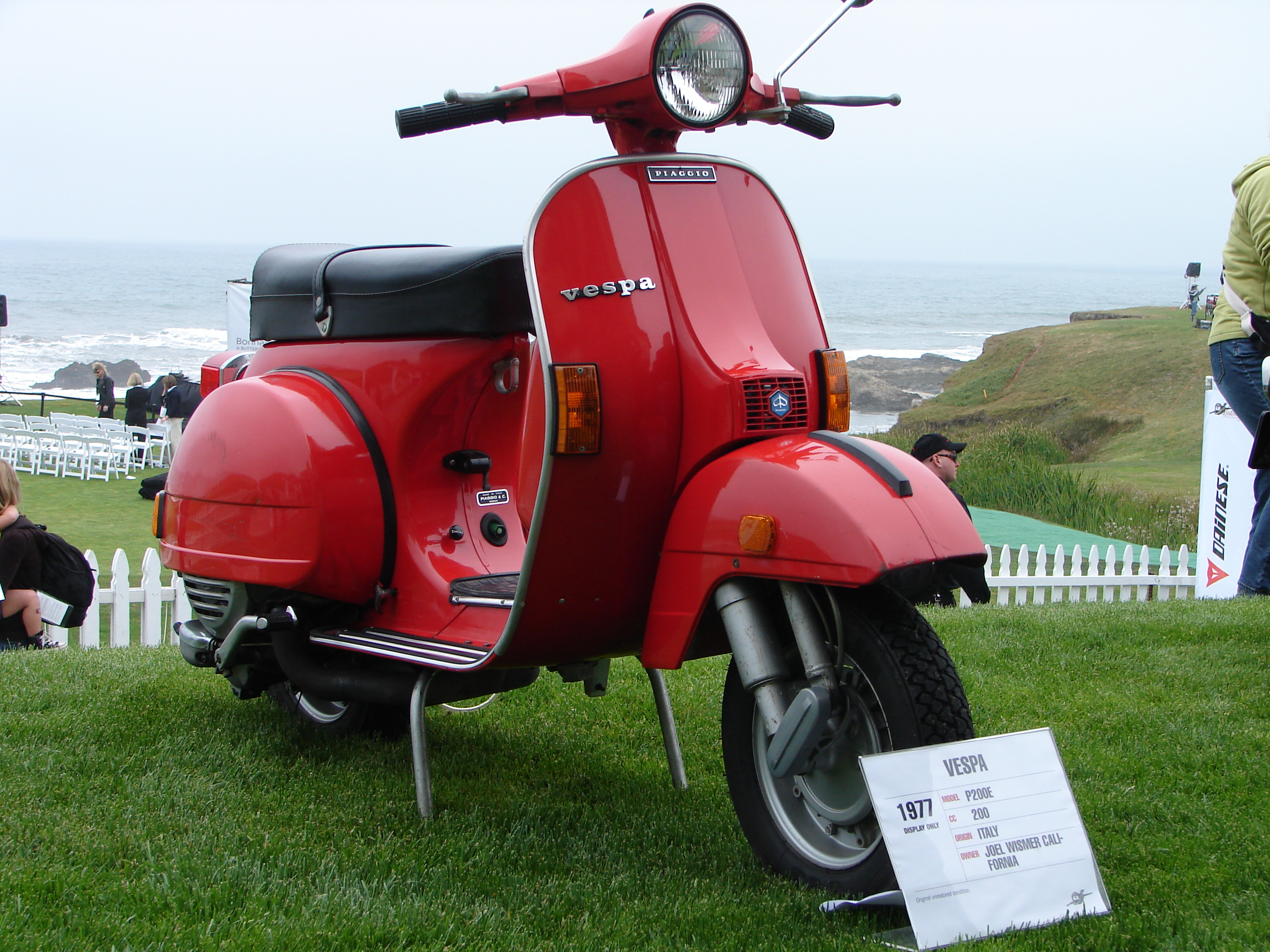 Welcome to the official Vespa website