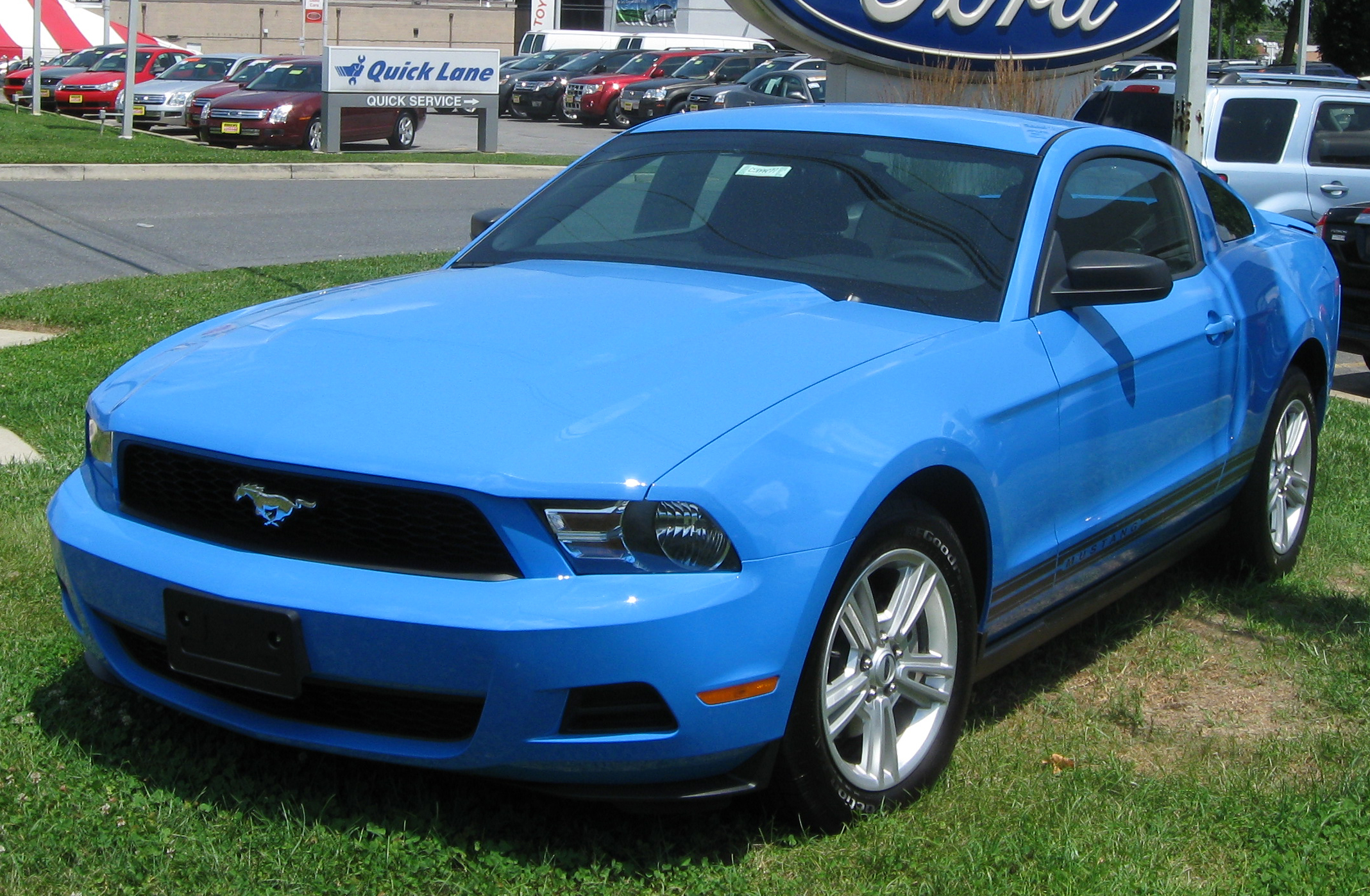 2009 Ford Mustang Blue Ford Mustang v6 Coupé 2009